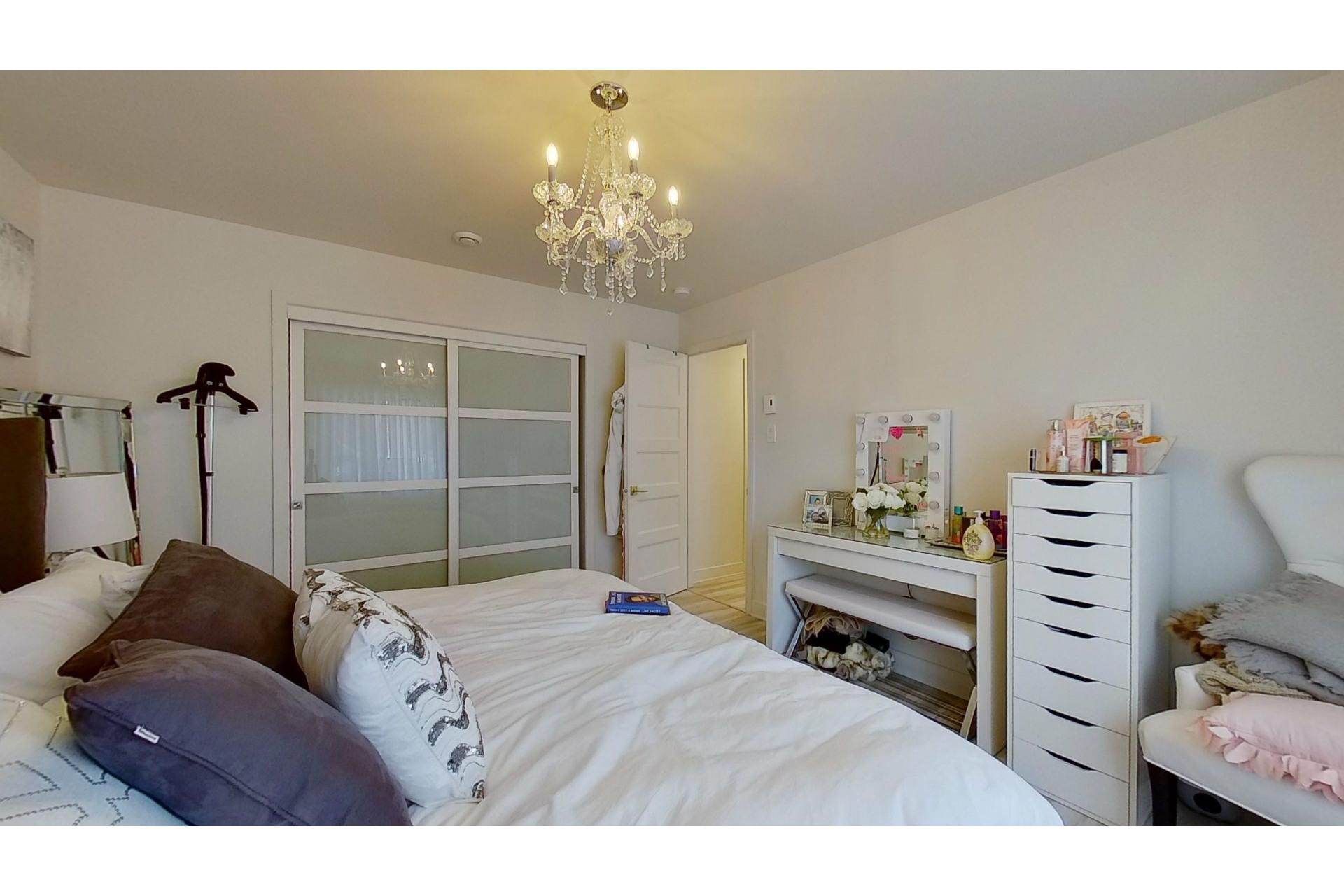 image 20 - House For sale Saint-Eustache - 11 rooms