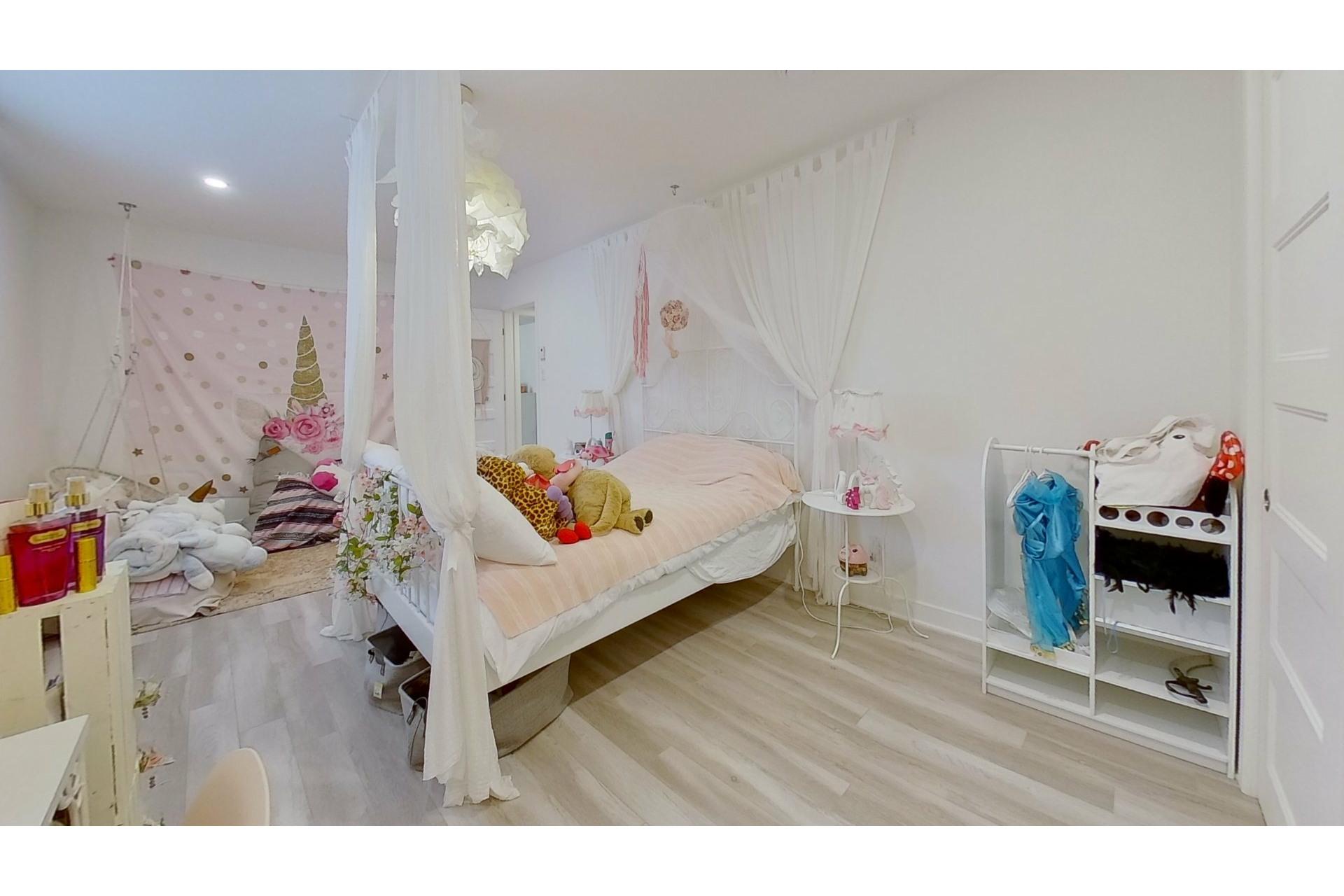 image 33 - House For sale Saint-Eustache - 11 rooms