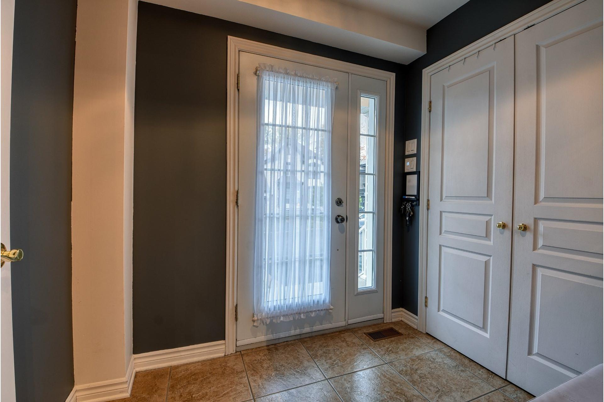 image 3 - House For sale Lachenaie Terrebonne  - 12 rooms