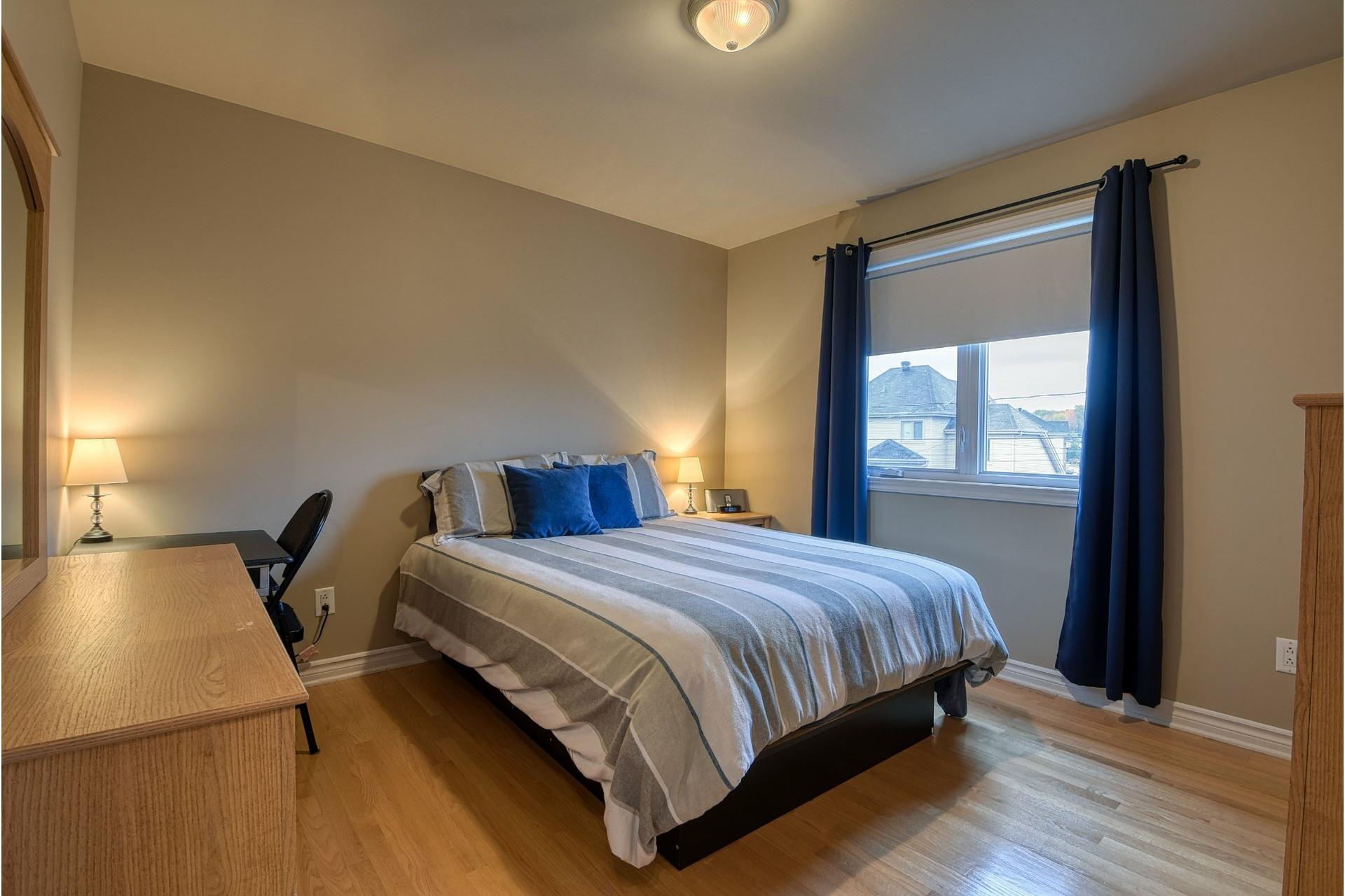 image 21 - House For sale Lachenaie Terrebonne  - 12 rooms