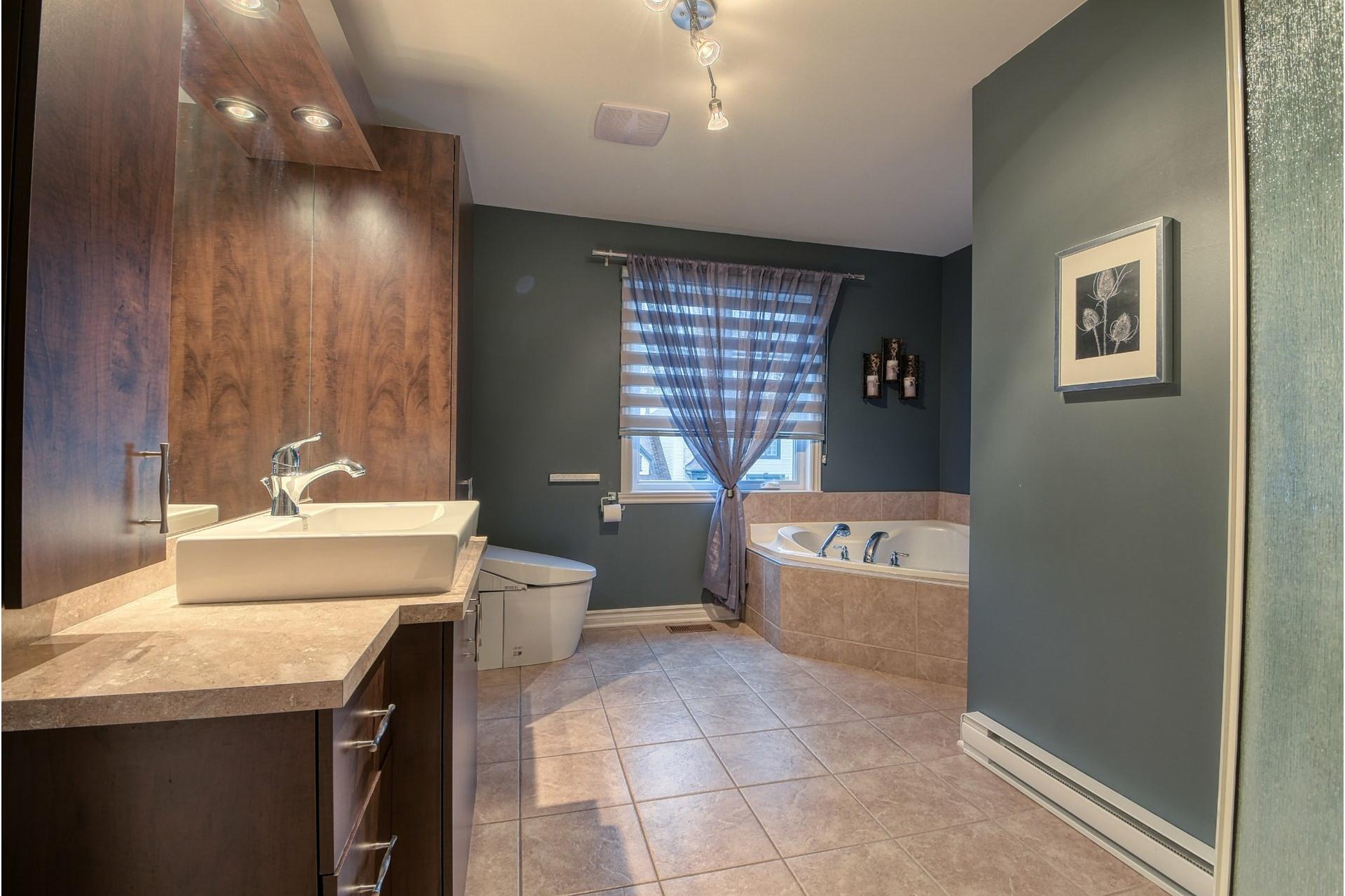 image 19 - House For sale Lachenaie Terrebonne  - 12 rooms