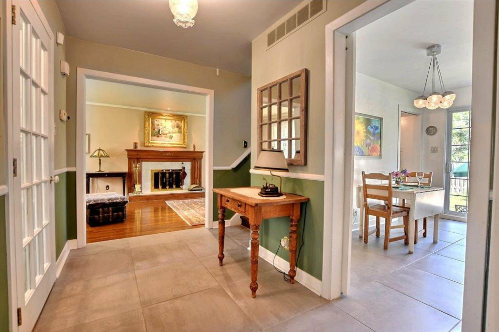 image 2 - House For rent Beaconsfield - 11 rooms