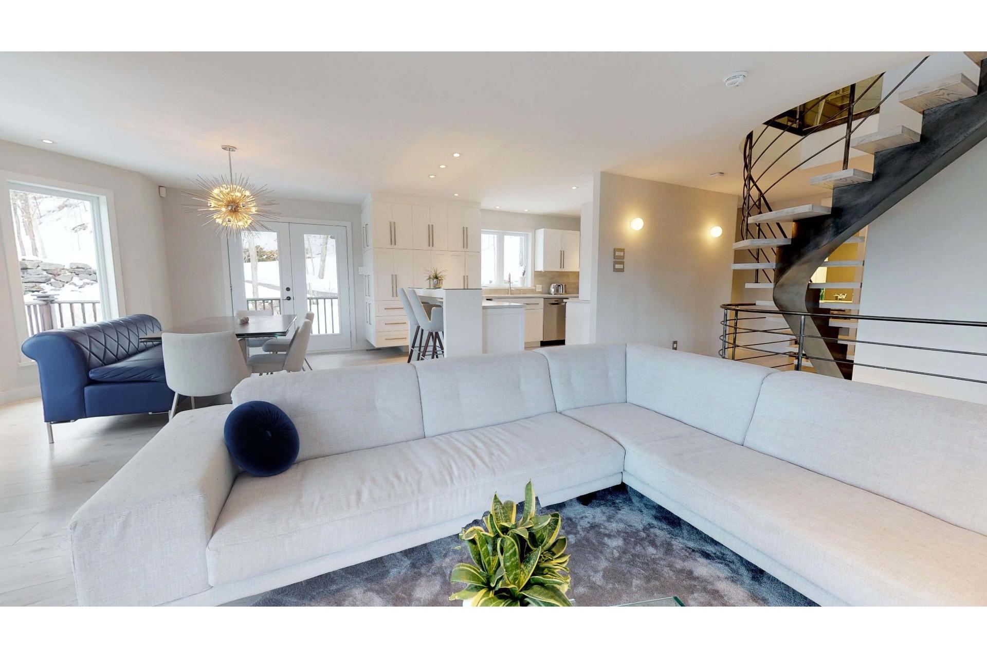 image 4 - House For sale Saint-Ambroise-de-Kildare - 14 rooms