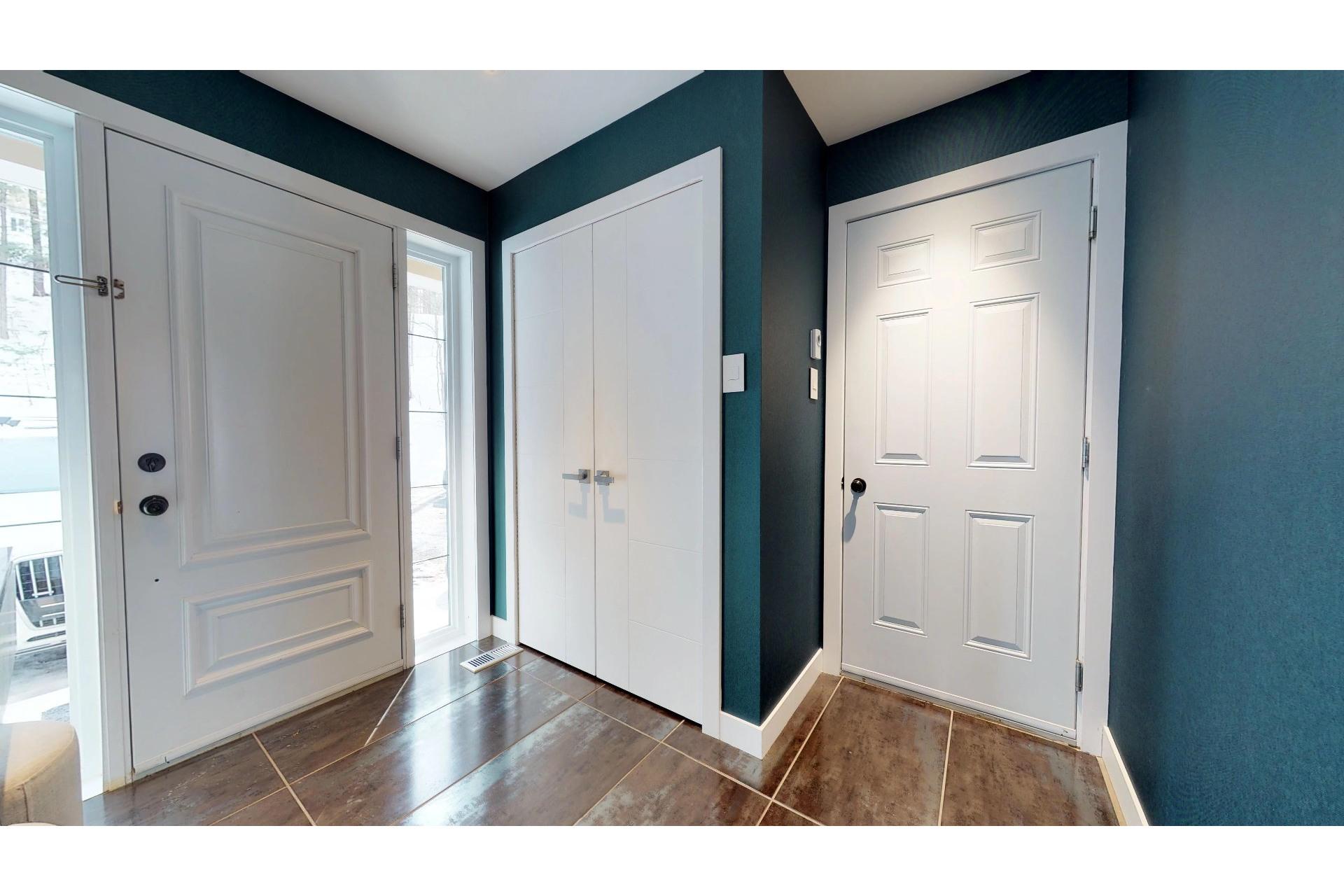 image 2 - House For sale Saint-Ambroise-de-Kildare - 14 rooms