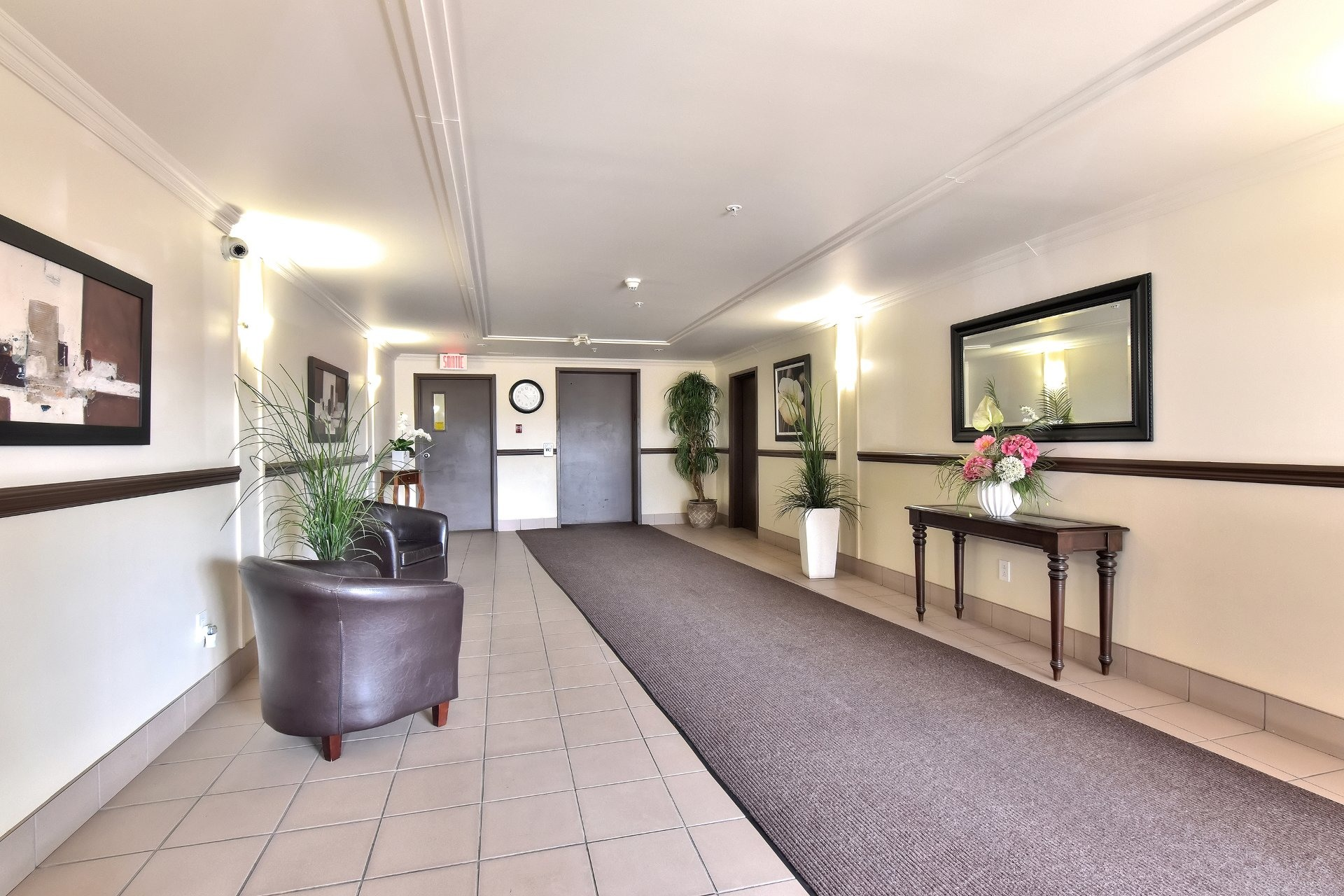 image 2 - Apartment For sale Fabreville Laval  - 6 rooms