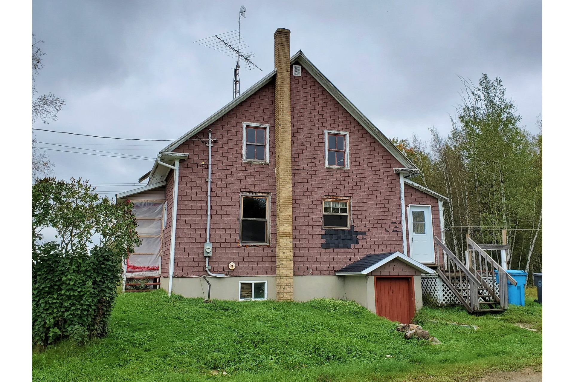 image 4 - House For sale Sainte-Marie-de-Blandford - 10 rooms