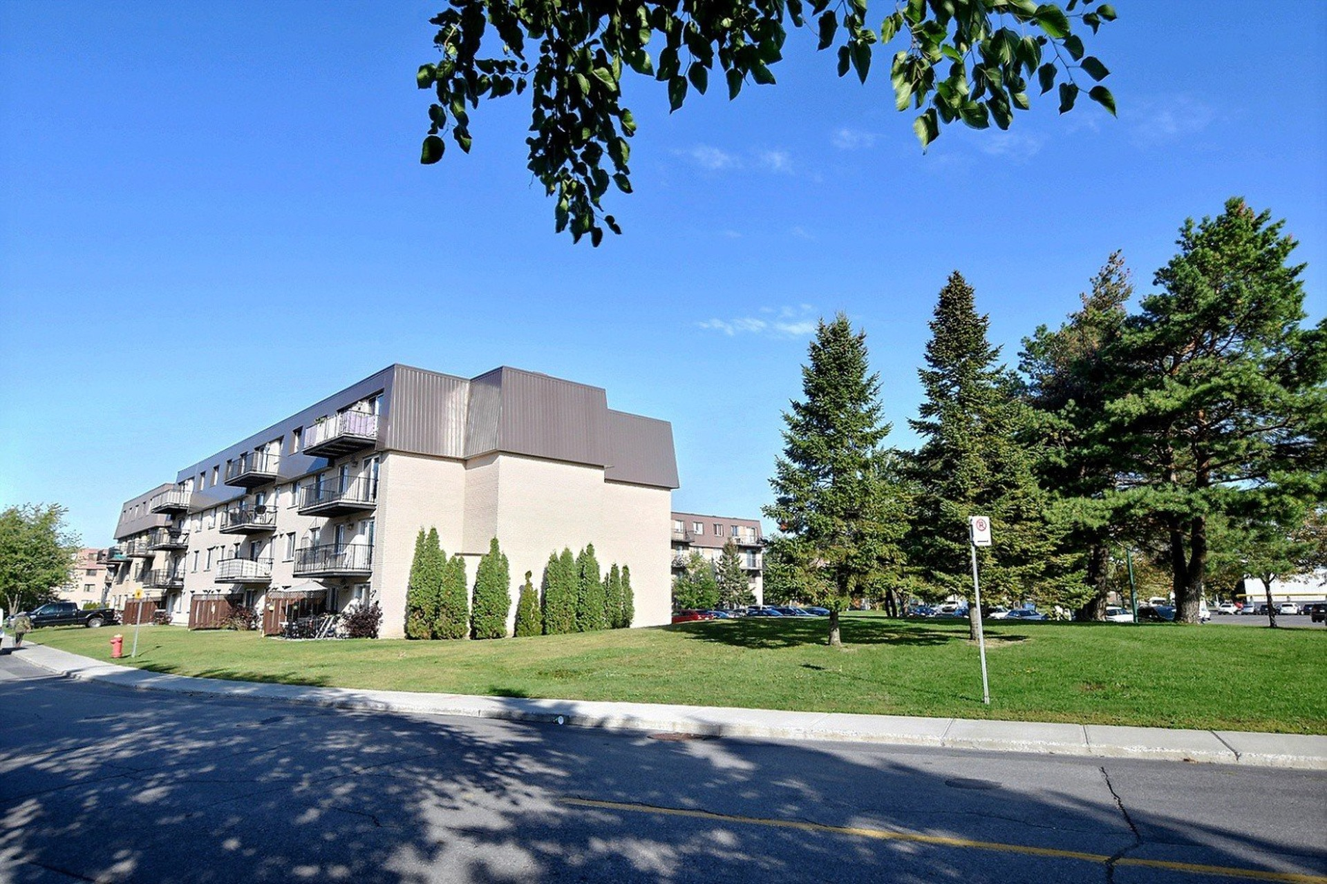 image 23 - Apartment For rent Brossard - 6 rooms