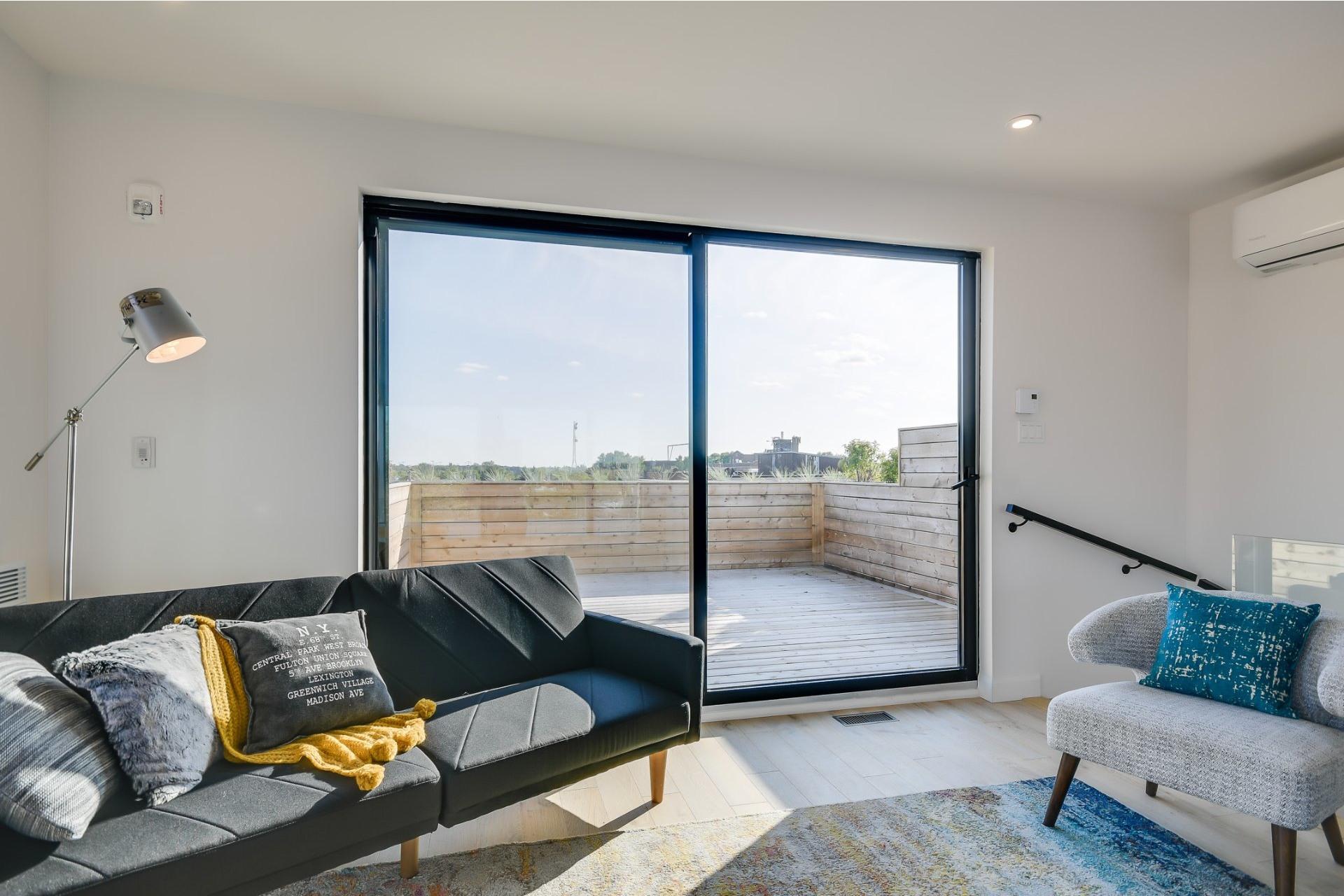 image 16 - Apartment For sale Villeray/Saint-Michel/Parc-Extension Montréal  - 7 rooms