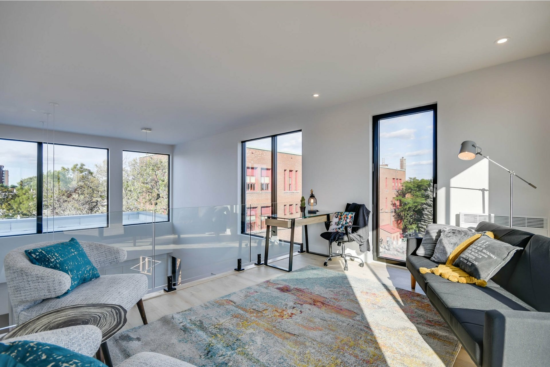 image 15 - Apartment For sale Villeray/Saint-Michel/Parc-Extension Montréal  - 7 rooms