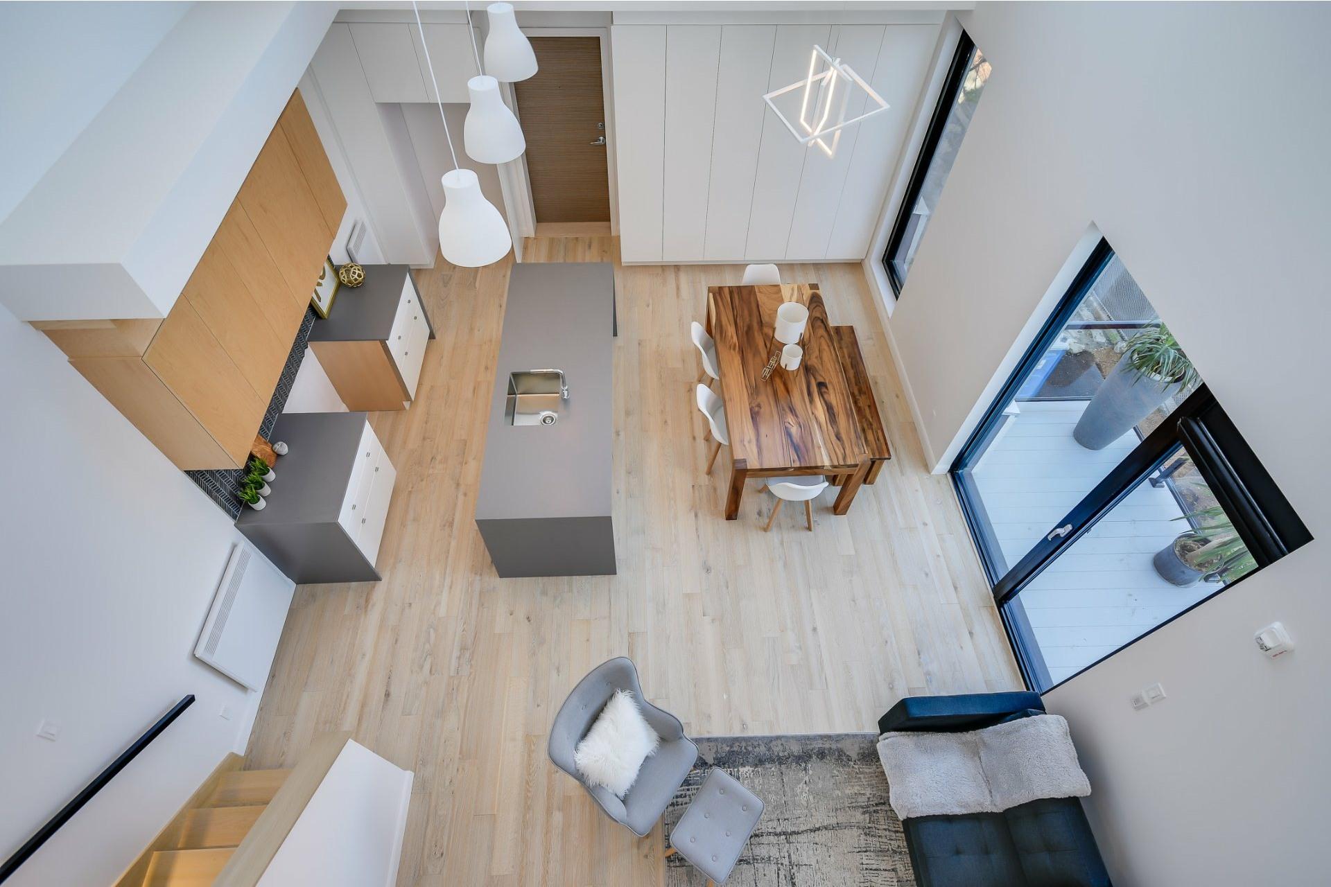 image 18 - Apartment For sale Villeray/Saint-Michel/Parc-Extension Montréal  - 7 rooms