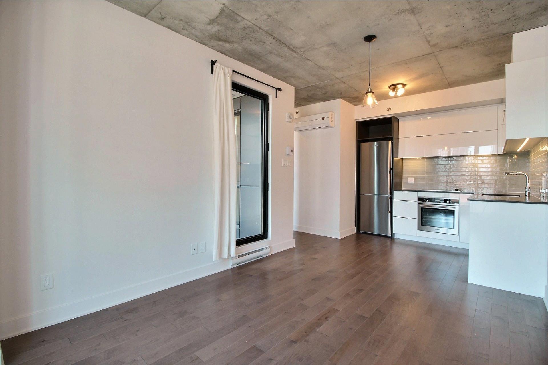image 4 - Appartement À louer Le Sud-Ouest Montréal  - 6 pièces