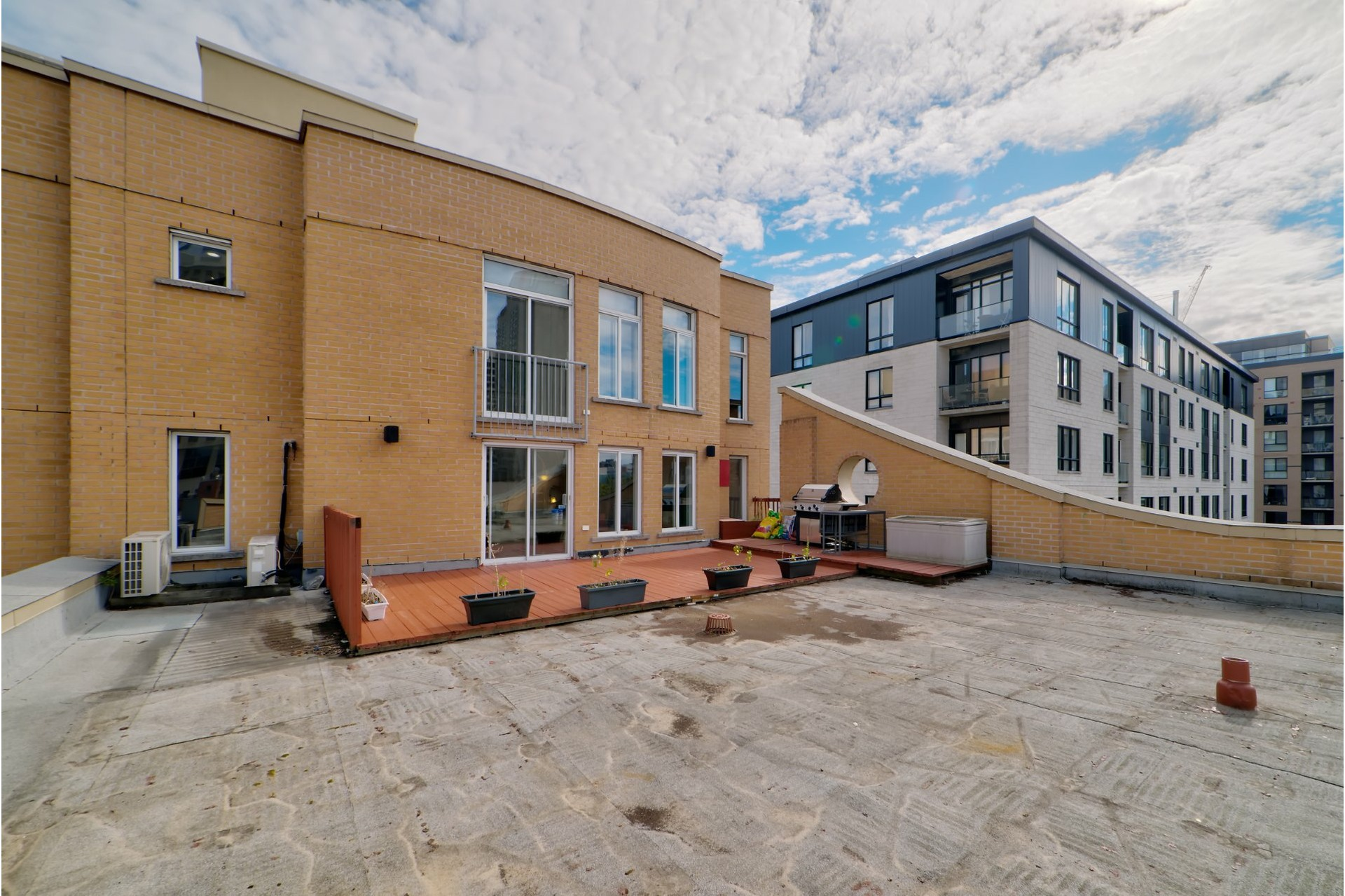 image 22 - Appartement À vendre Ville-Marie Montréal  - 5 pièces