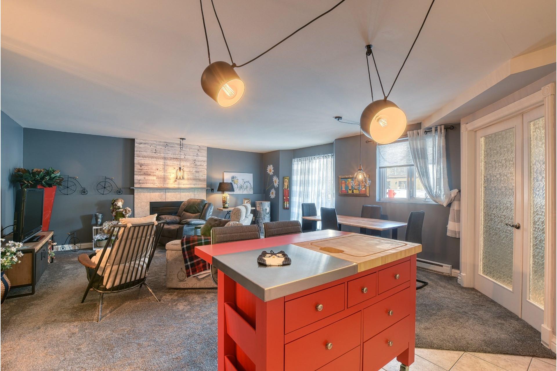 image 2 - Apartment For sale LaSalle Montréal  - 3 rooms