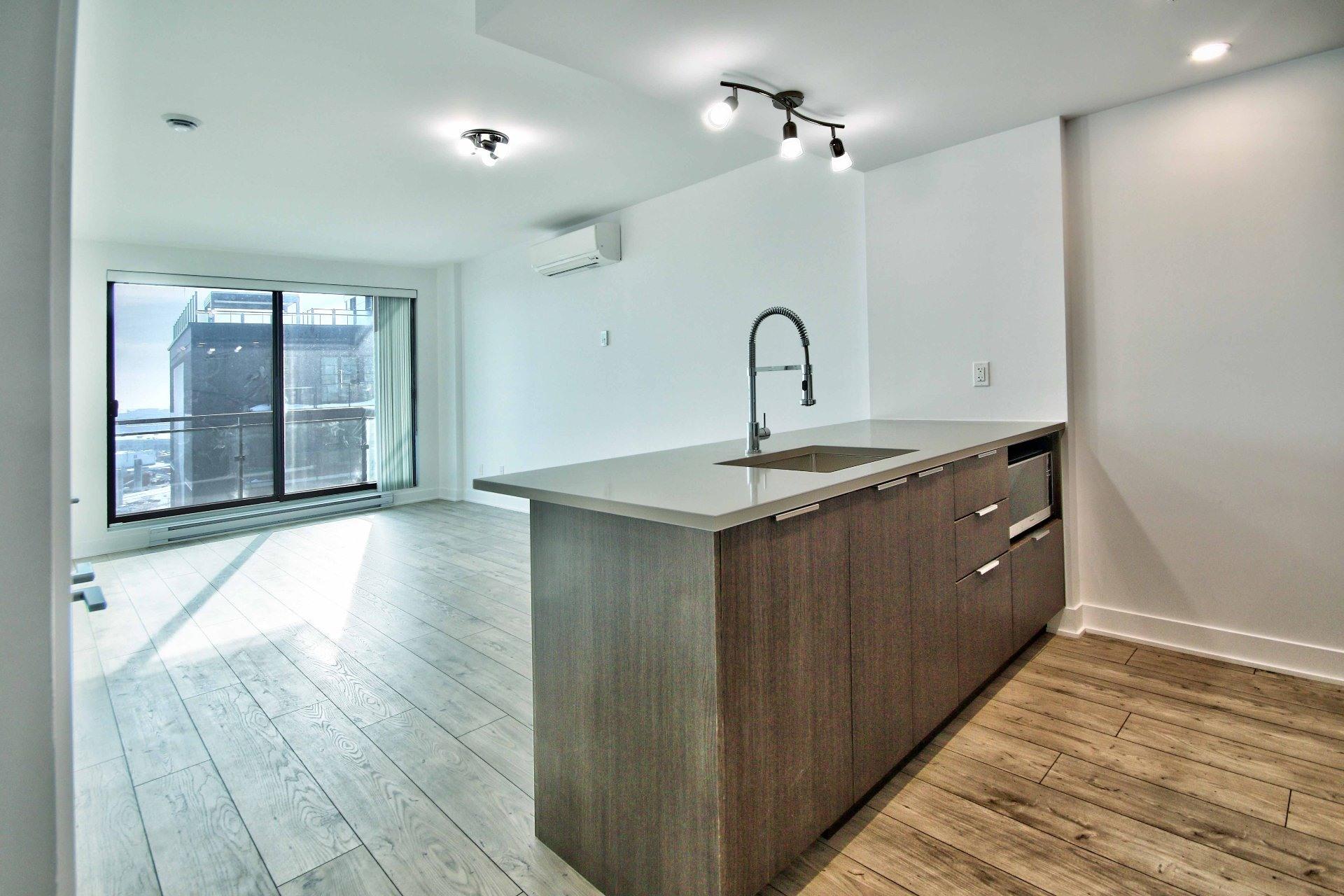 image 0 - Apartment For rent Le Sud-Ouest Montréal  - 5 rooms