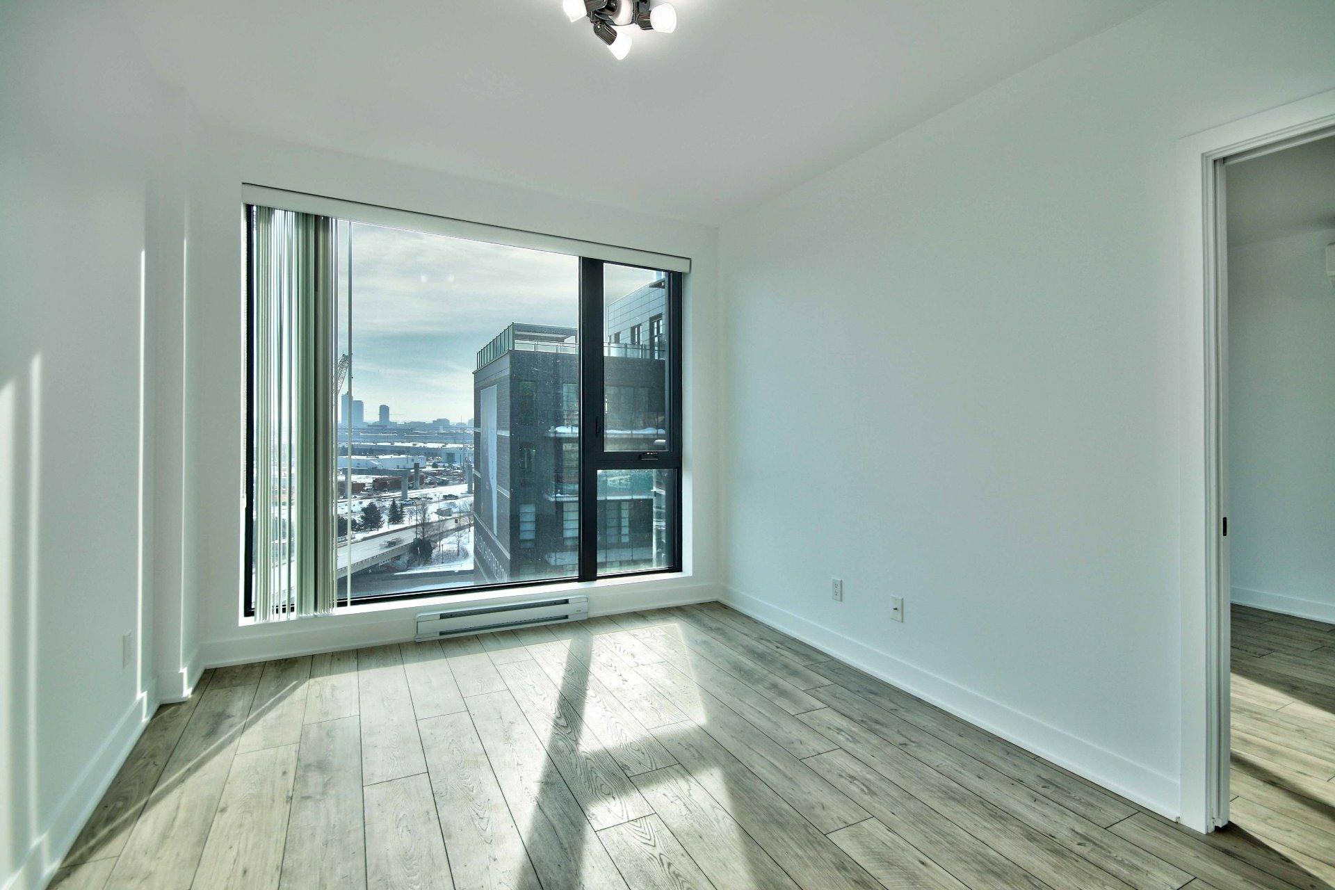 image 12 - Apartment For rent Le Sud-Ouest Montréal  - 5 rooms