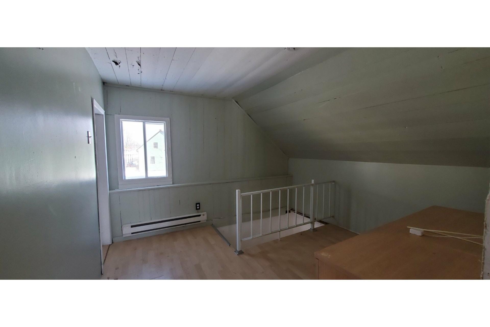 image 7 - House For sale Saint-Narcisse - 7 rooms