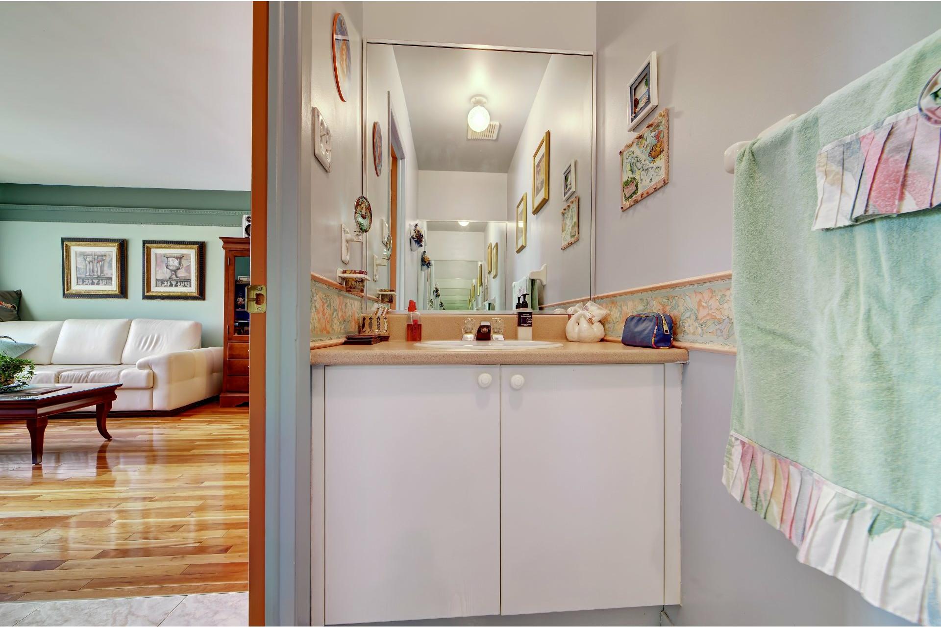 image 16 - House For sale Lachine Montréal  - 11 rooms