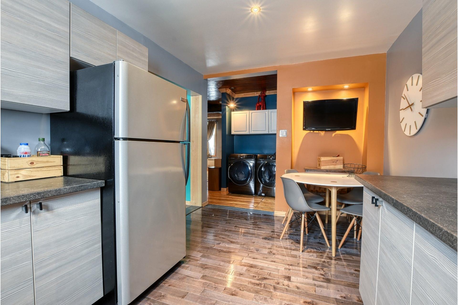 image 7 - House For sale Lachine Montréal  - 5 rooms