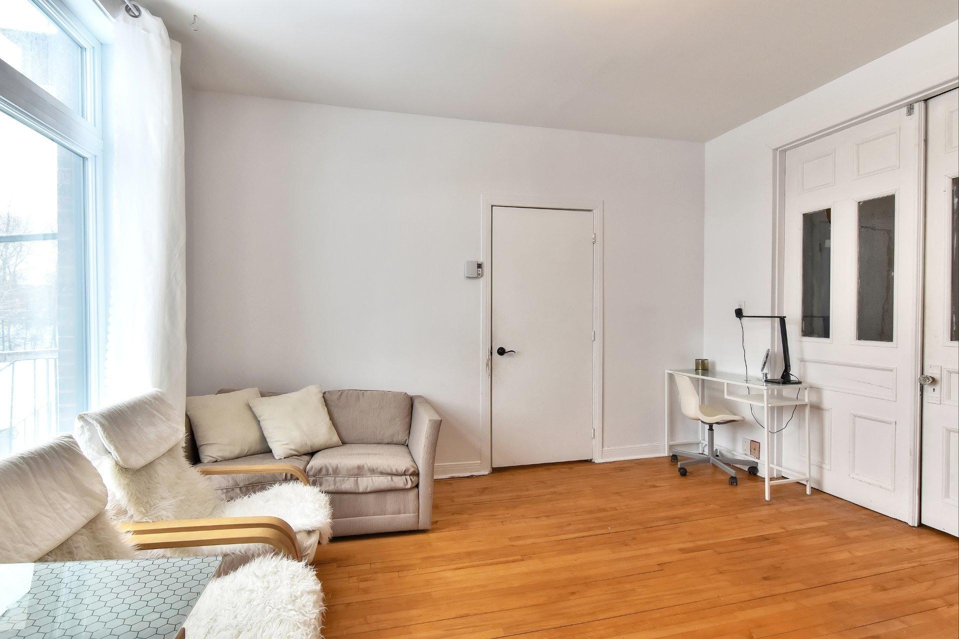 image 8 - Departamento En venta Côte-des-Neiges/Notre-Dame-de-Grâce Montréal  - 7 habitaciones