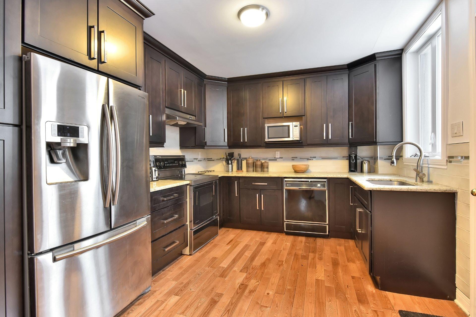 image 10 - Departamento En venta Côte-des-Neiges/Notre-Dame-de-Grâce Montréal  - 7 habitaciones
