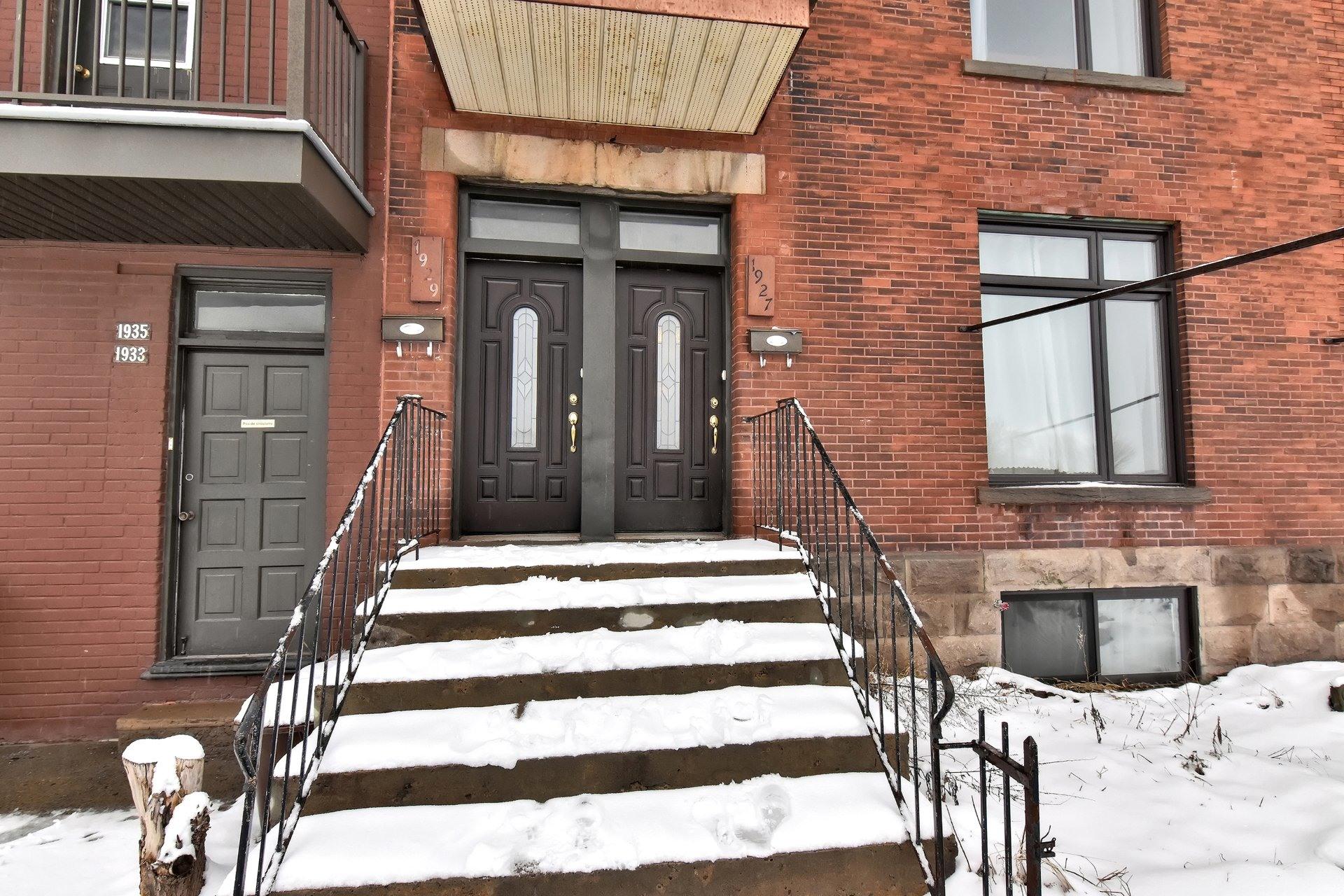 image 2 - Departamento En venta Côte-des-Neiges/Notre-Dame-de-Grâce Montréal  - 7 habitaciones