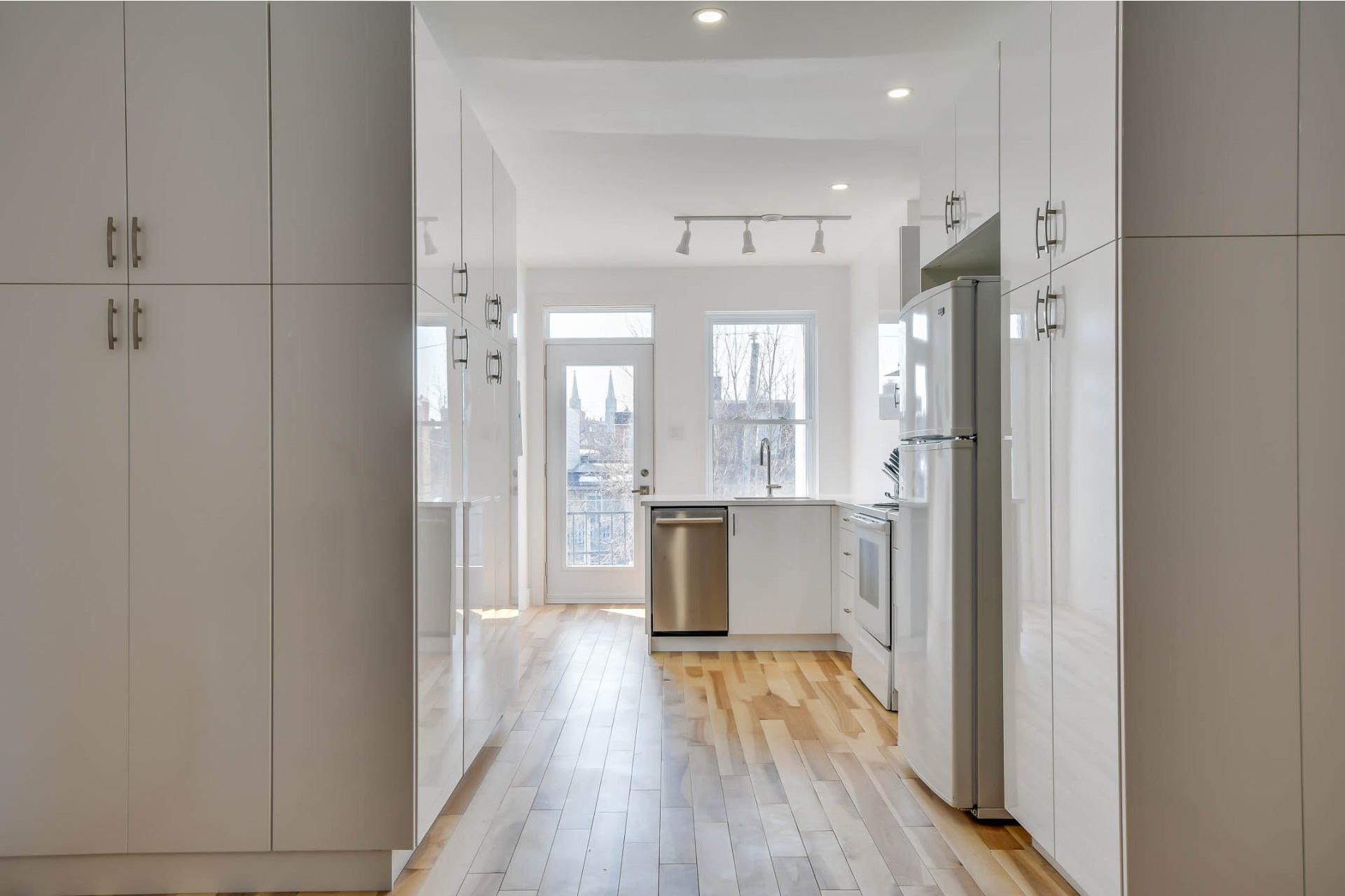 image 1 - Apartment For sale Rosemont/La Petite-Patrie Montréal  - 4 rooms