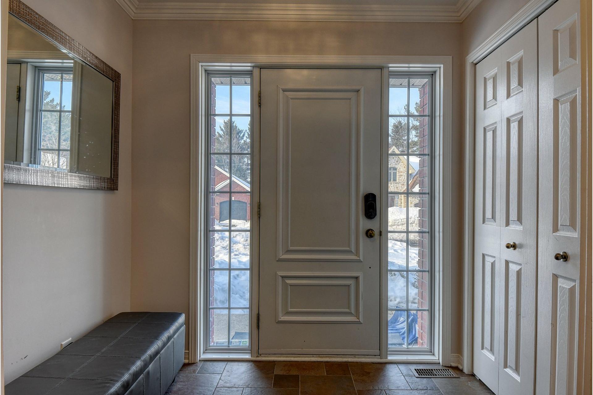 image 1 - Maison À vendre Blainville - 12 pièces