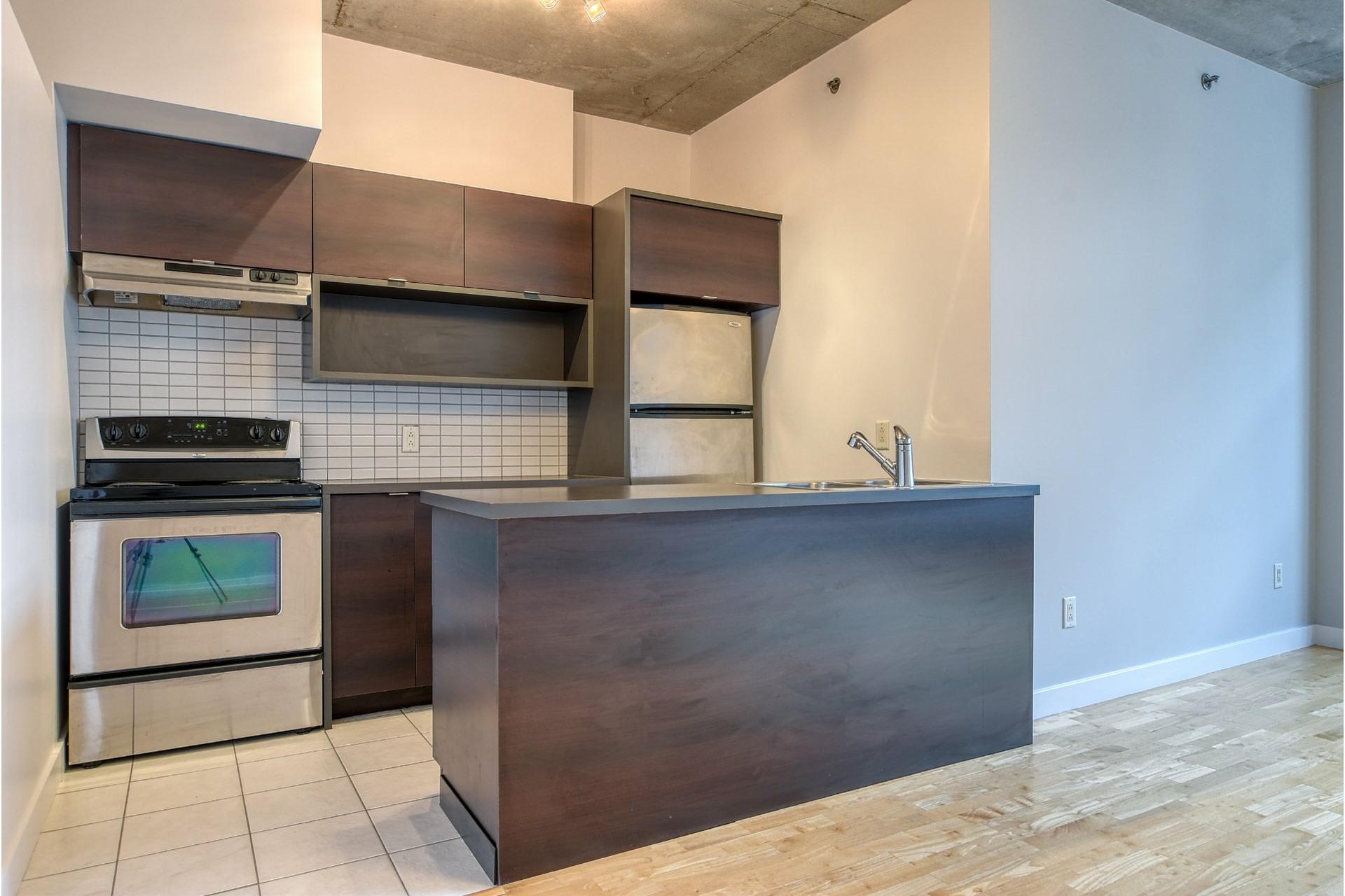 image 7 - Apartment For sale Ville-Marie Montréal  - 6 rooms