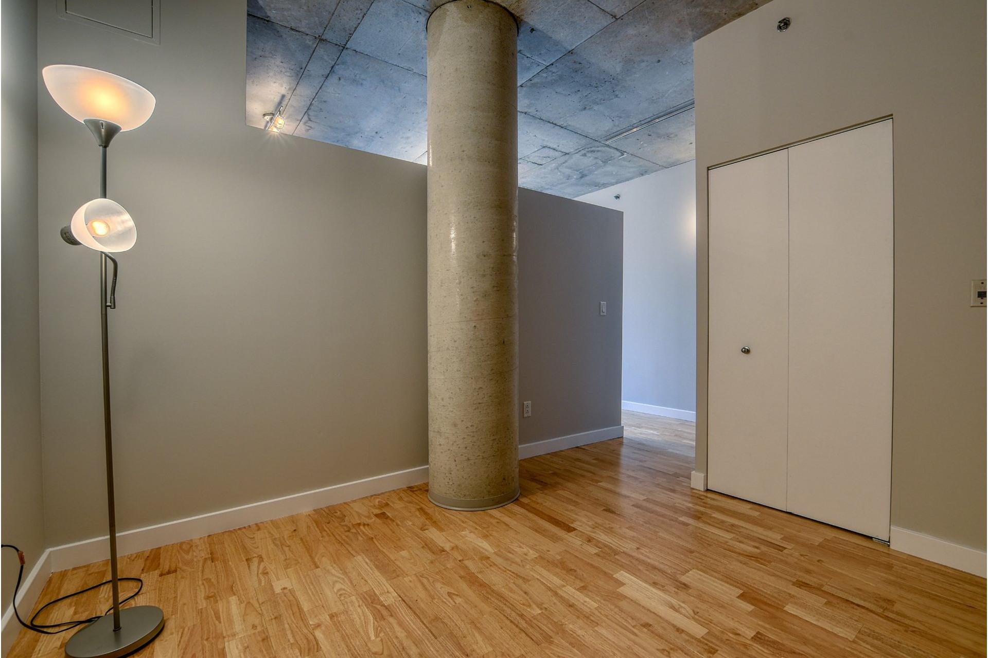 image 13 - Apartment For sale Ville-Marie Montréal  - 6 rooms