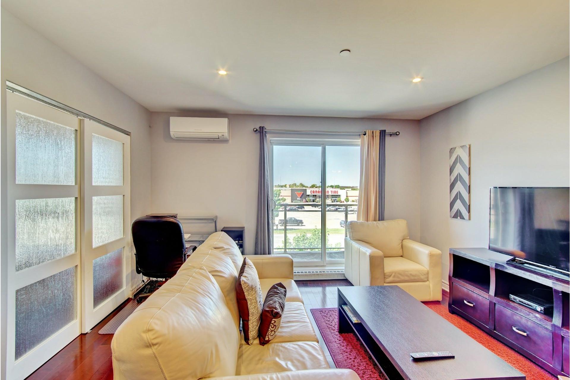 image 12 - Apartment For rent Laval-des-Rapides Laval  - 5 rooms