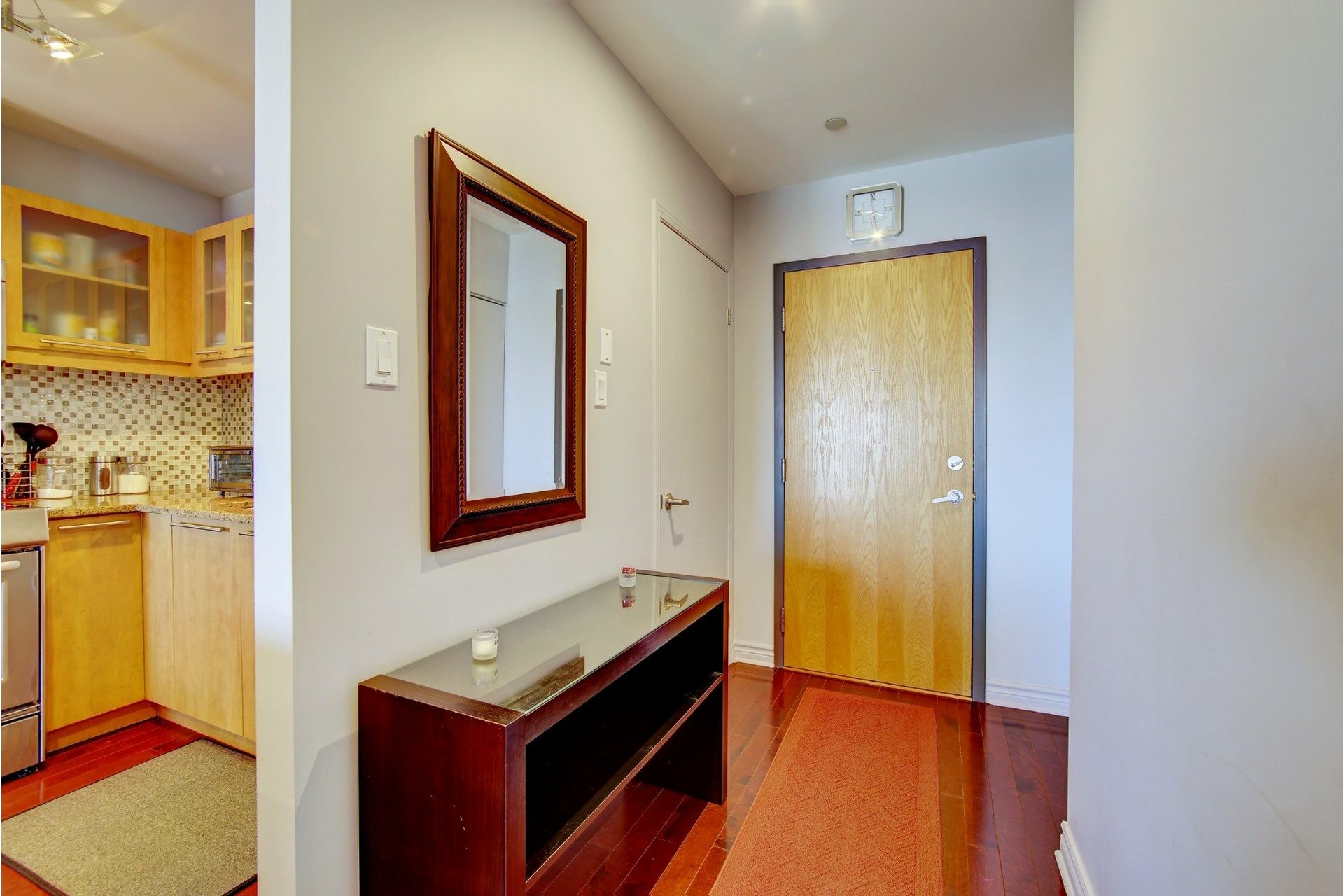 image 1 - Apartment For rent Laval-des-Rapides Laval  - 5 rooms