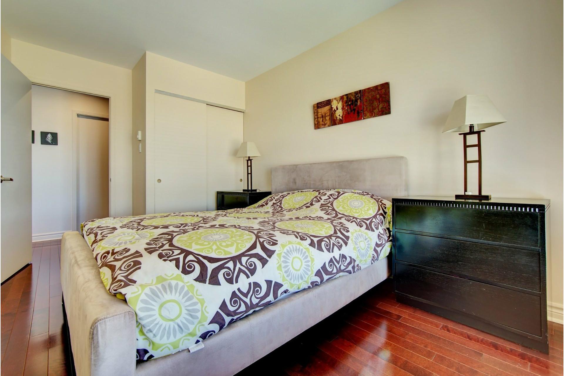 image 14 - Apartment For rent Laval-des-Rapides Laval  - 5 rooms