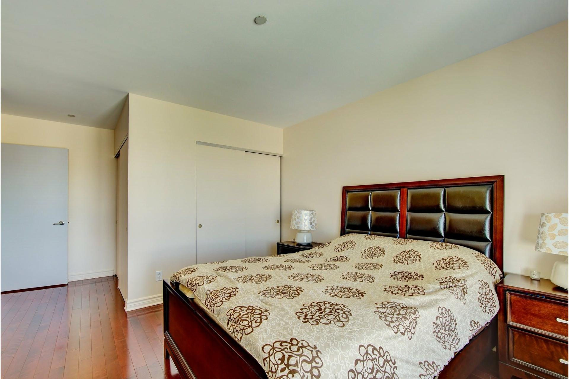 image 15 - Apartment For rent Laval-des-Rapides Laval  - 5 rooms
