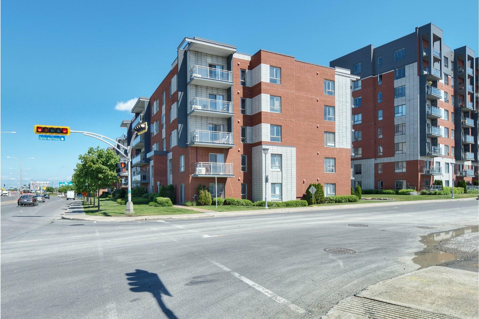 image 19 - Appartement À louer Laval-des-Rapides Laval  - 5 pièces