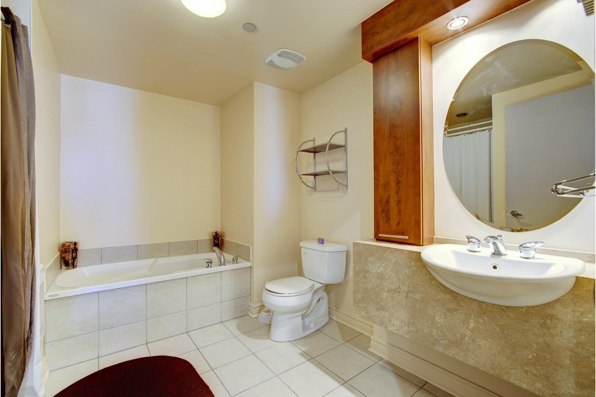 image 17 - Apartment For rent Laval-des-Rapides Laval  - 5 rooms