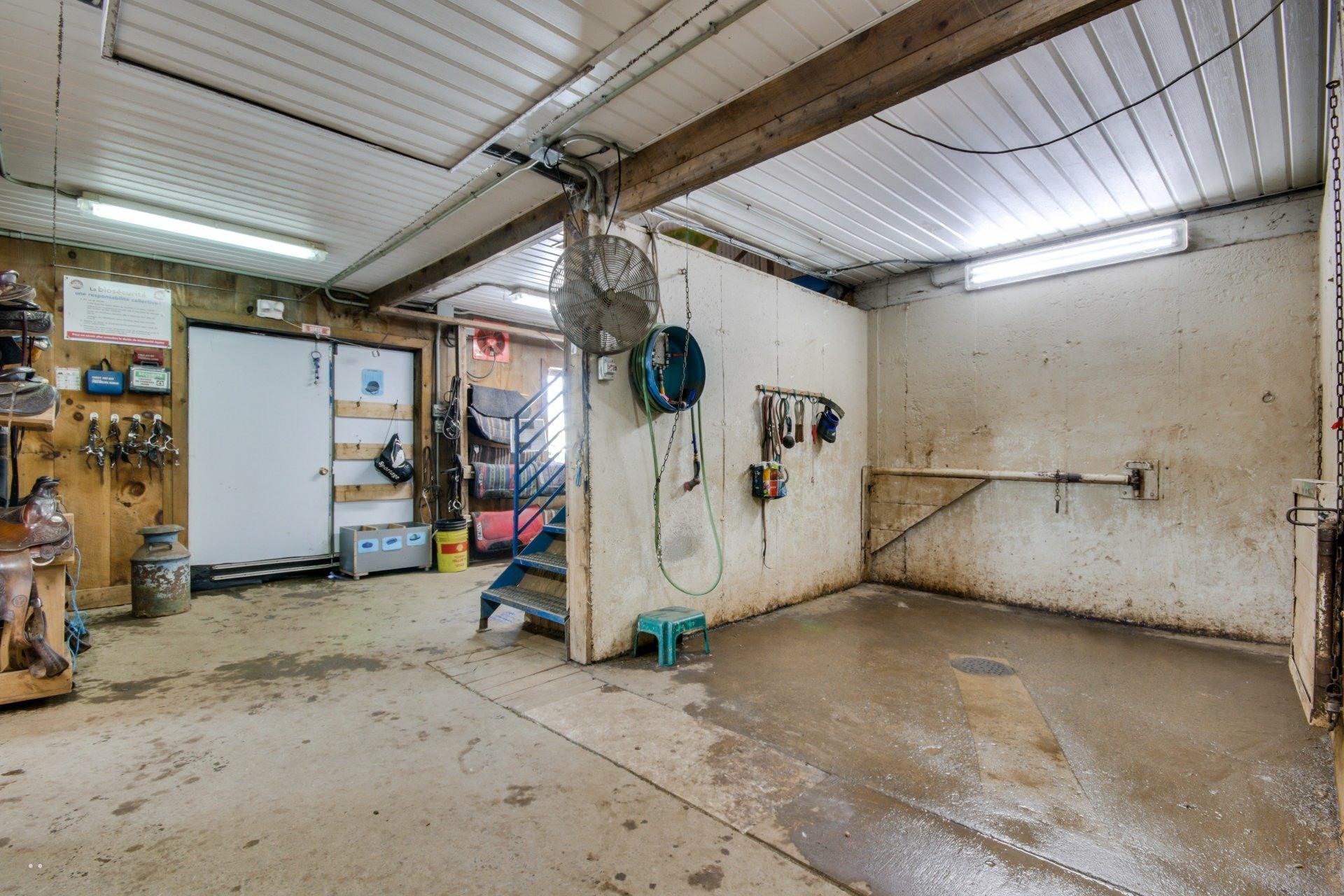 image 8 - Farmhouse For sale Sainte-Françoise - 7 rooms