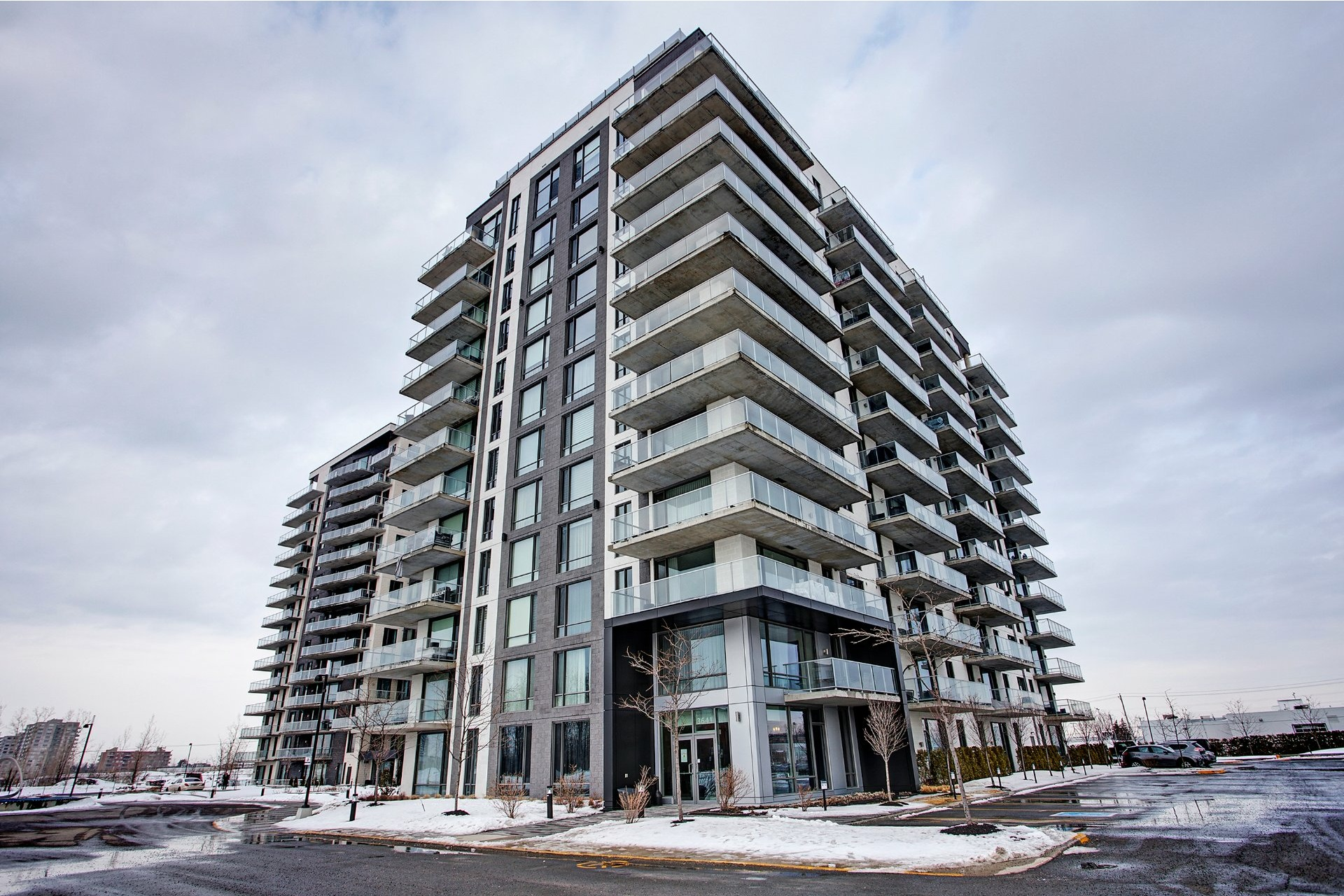 image 0 - Apartment For sale Chomedey Laval  - 4 rooms