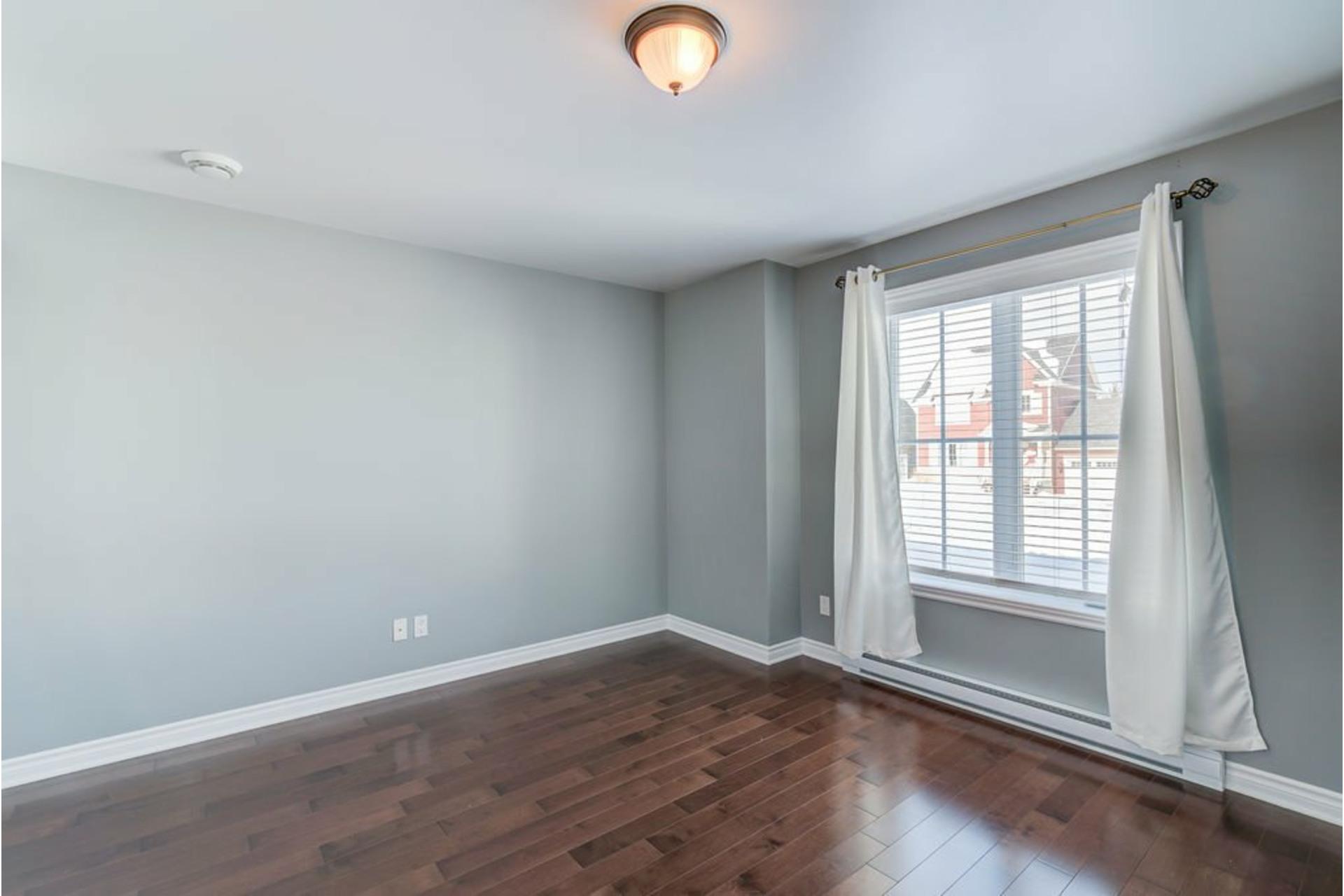 image 20 - Appartement À vendre Mirabel - 7 pièces