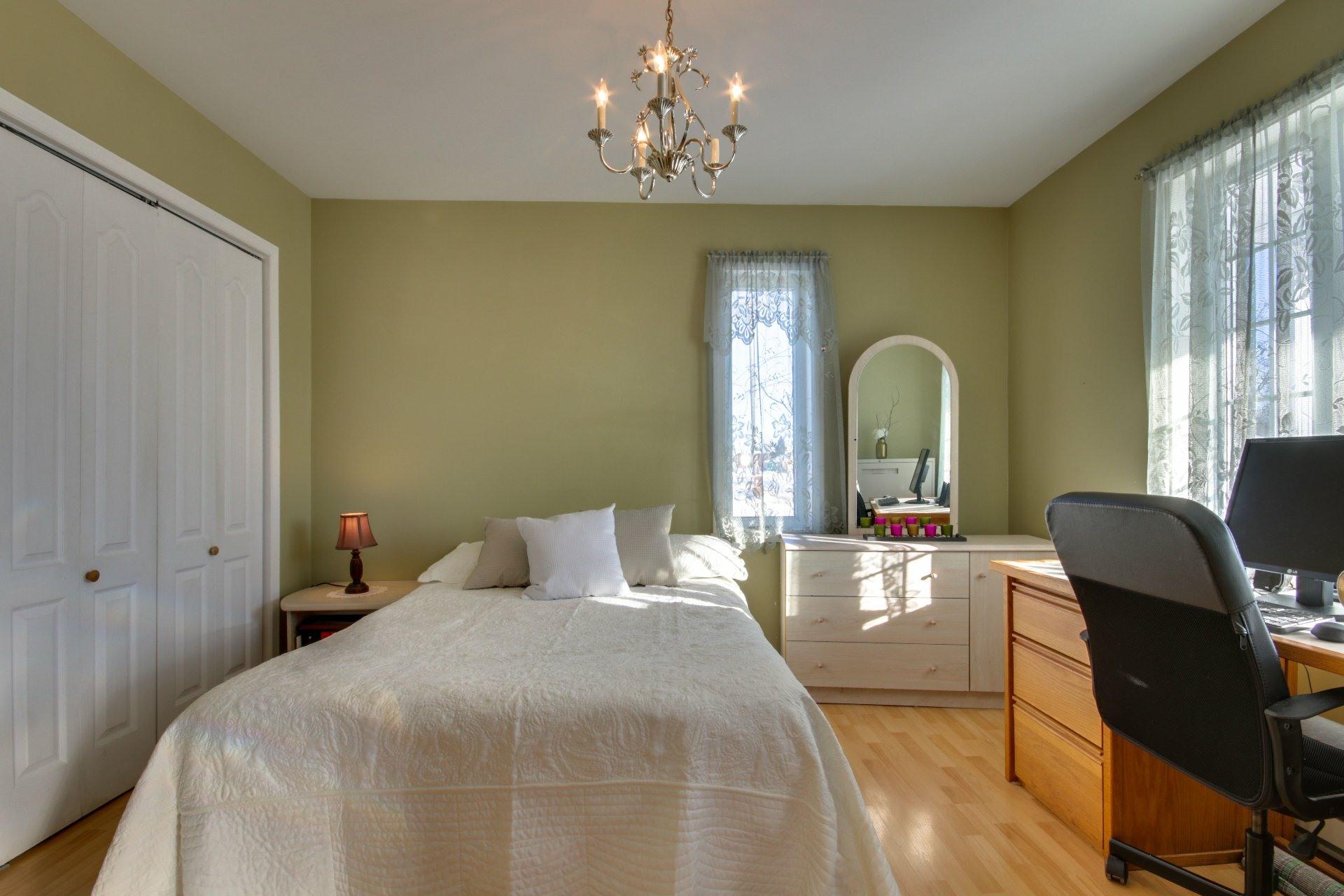 image 18 - House For sale Saint-Pierre-les-Becquets - 8 rooms