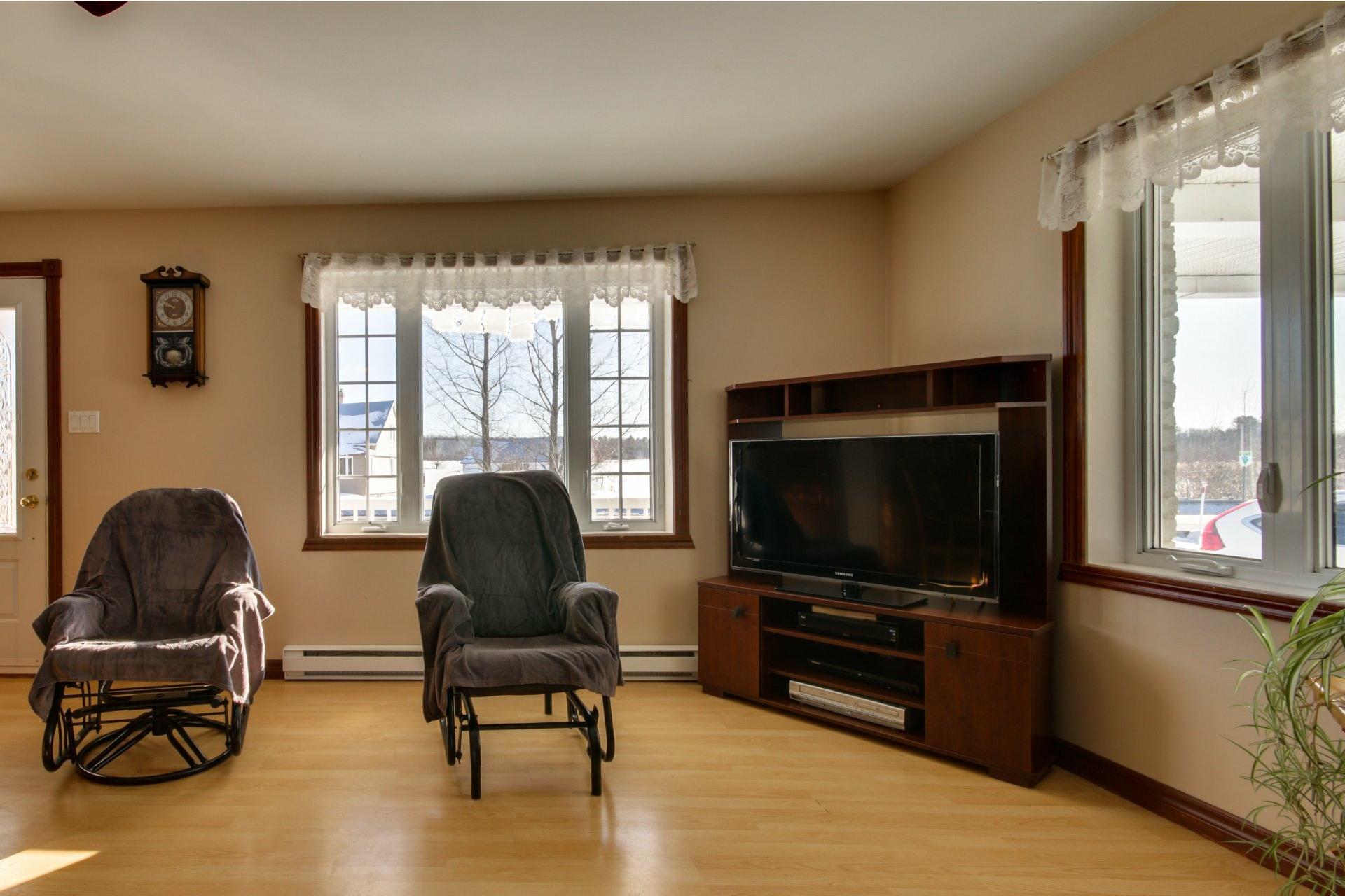 image 3 - House For sale Saint-Pierre-les-Becquets - 8 rooms