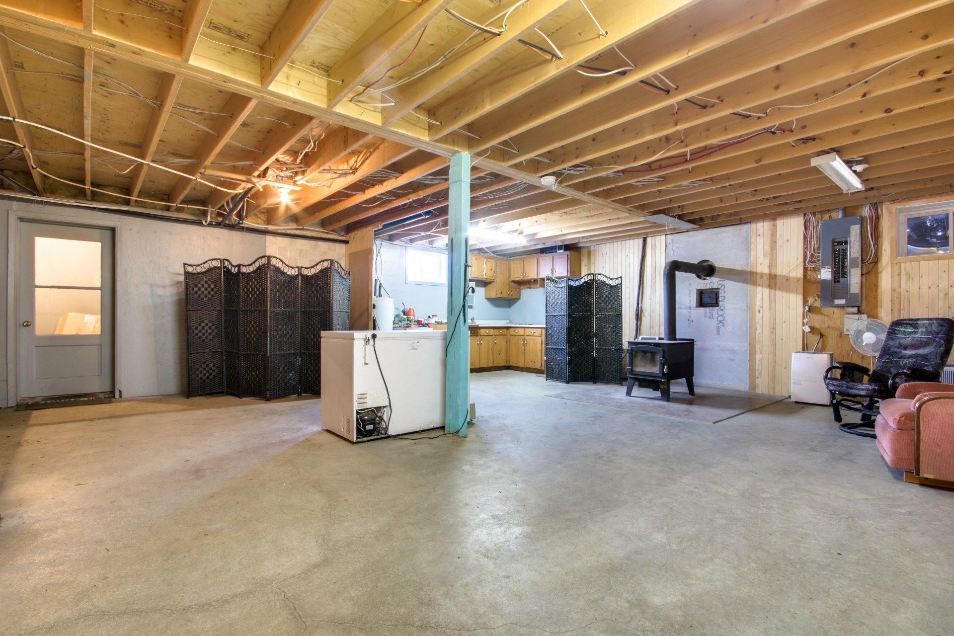image 21 - House For sale Saint-Pierre-les-Becquets - 8 rooms