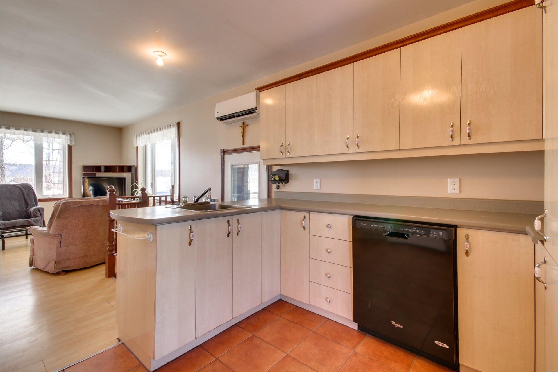 image 9 - House For sale Saint-Pierre-les-Becquets - 8 rooms