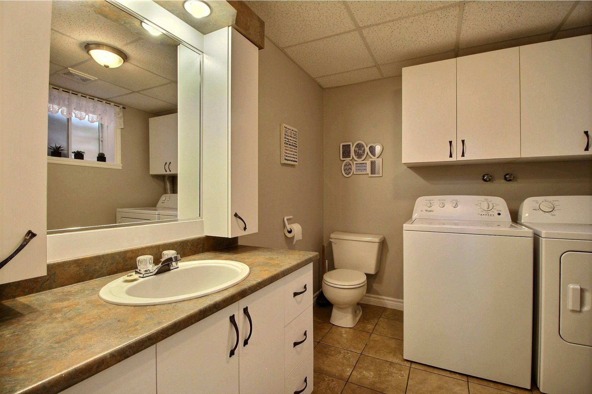 image 23 - House For sale Saint-Ambroise-de-Kildare - 13 rooms