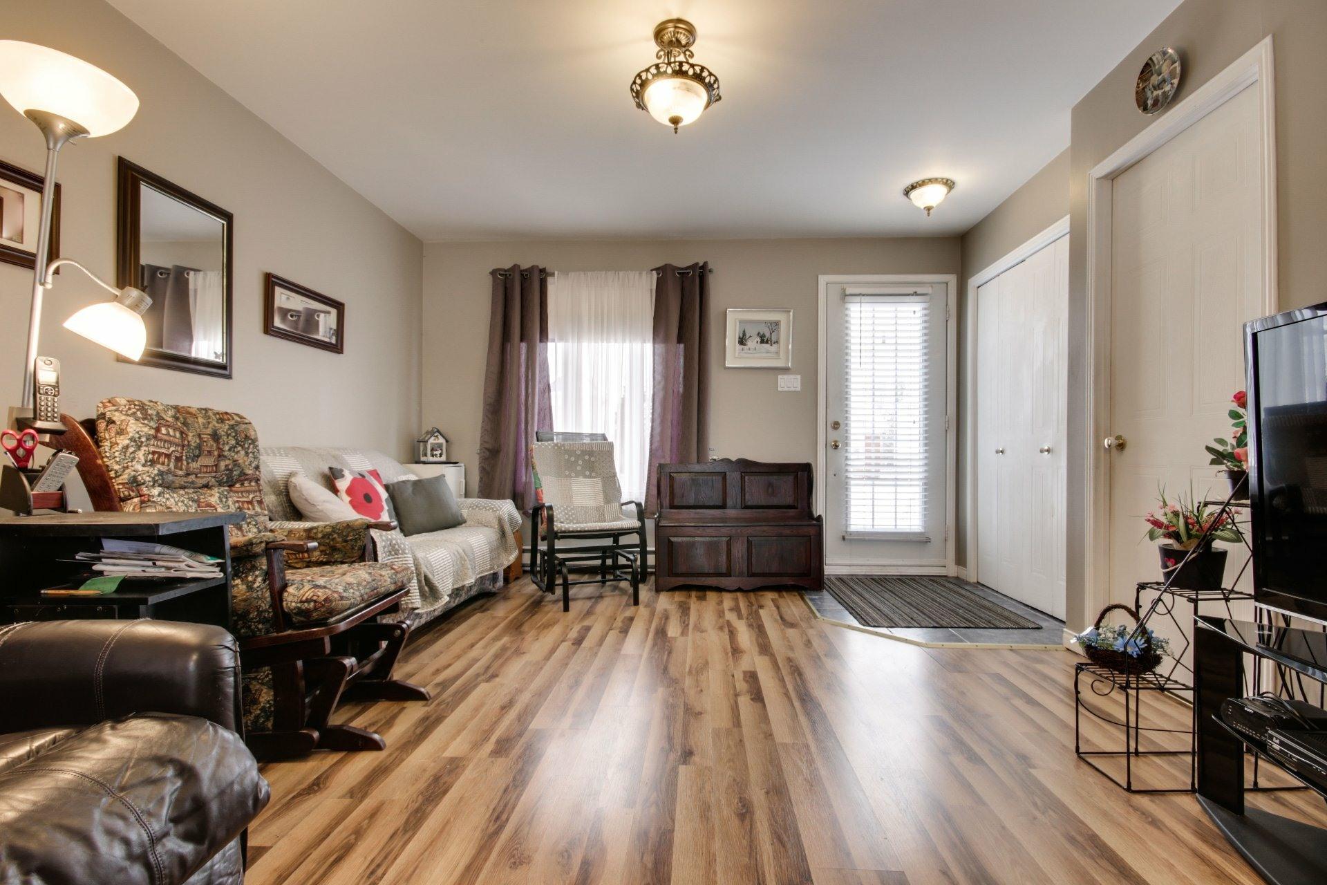 image 4 - House For sale Trois-Rivières - 10 rooms