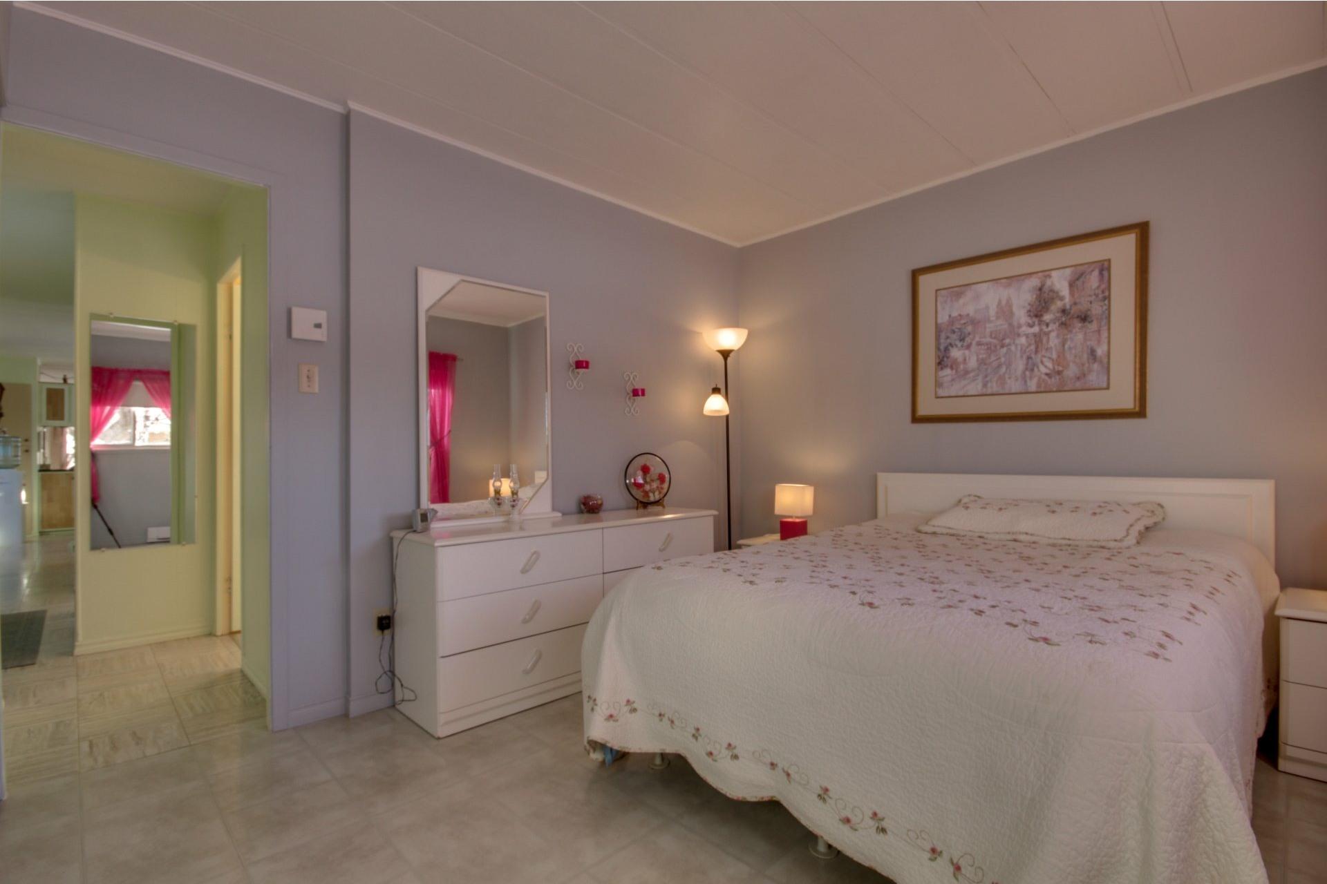 image 13 - Maison À vendre Saint-Pierre-les-Becquets - 6 pièces