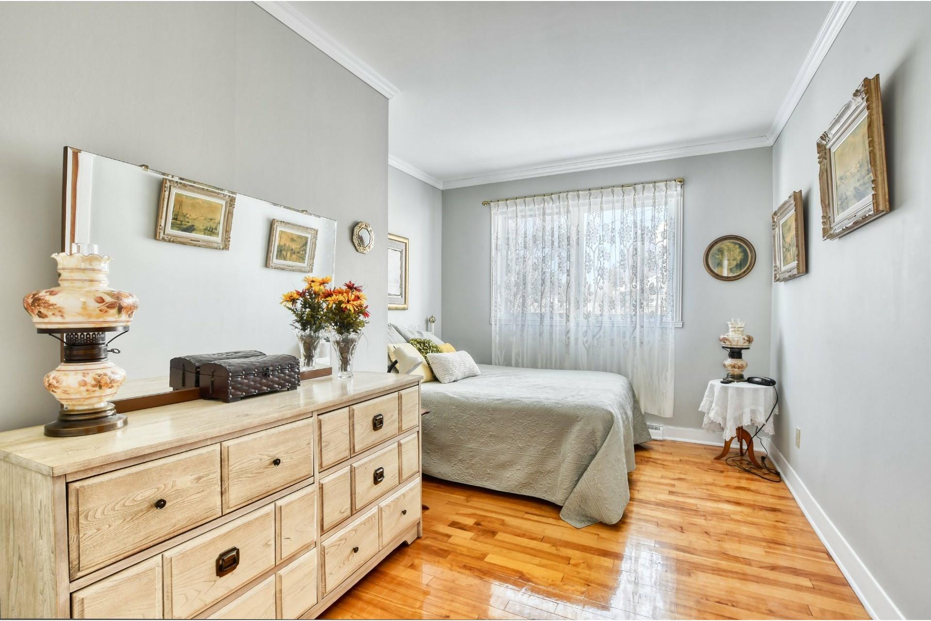 image 10 - Maison À vendre Notre-Dame-des-Prairies - 9 pièces