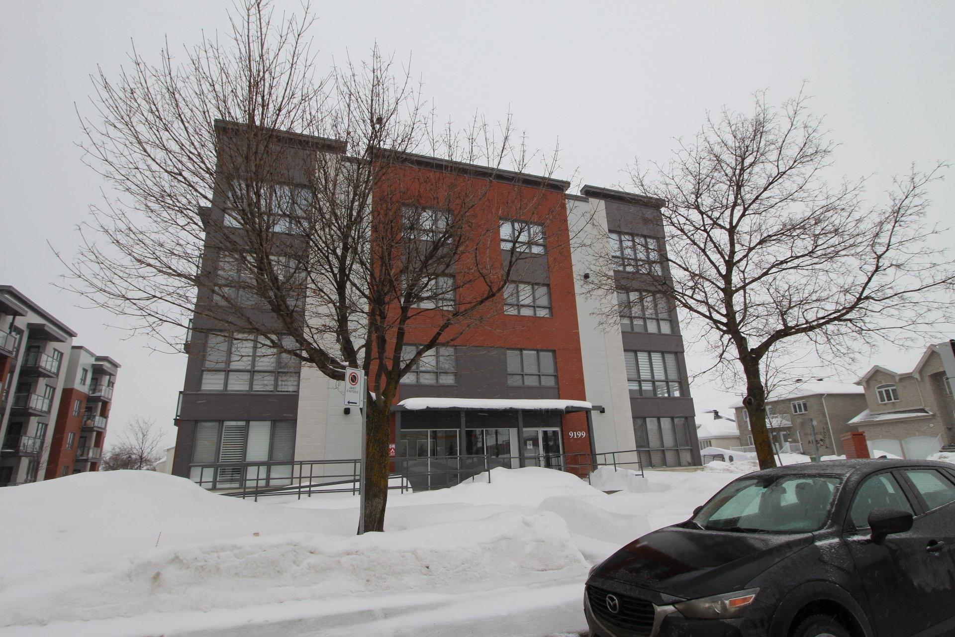 image 26 - Apartment For rent Rivière-des-Prairies/Pointe-aux-Trembles Montréal  - 6 rooms