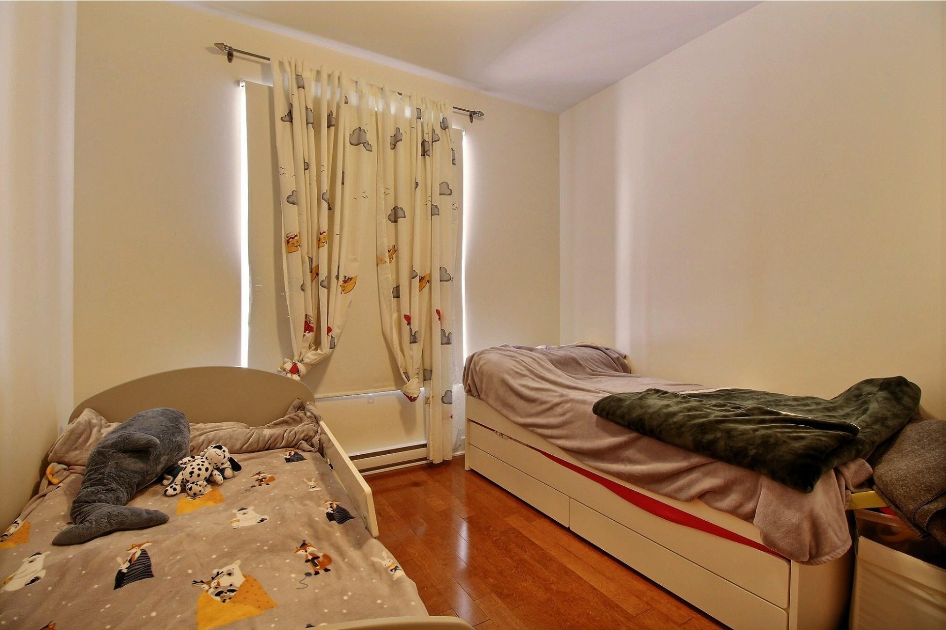 image 21 - Apartment For rent Rivière-des-Prairies/Pointe-aux-Trembles Montréal  - 6 rooms