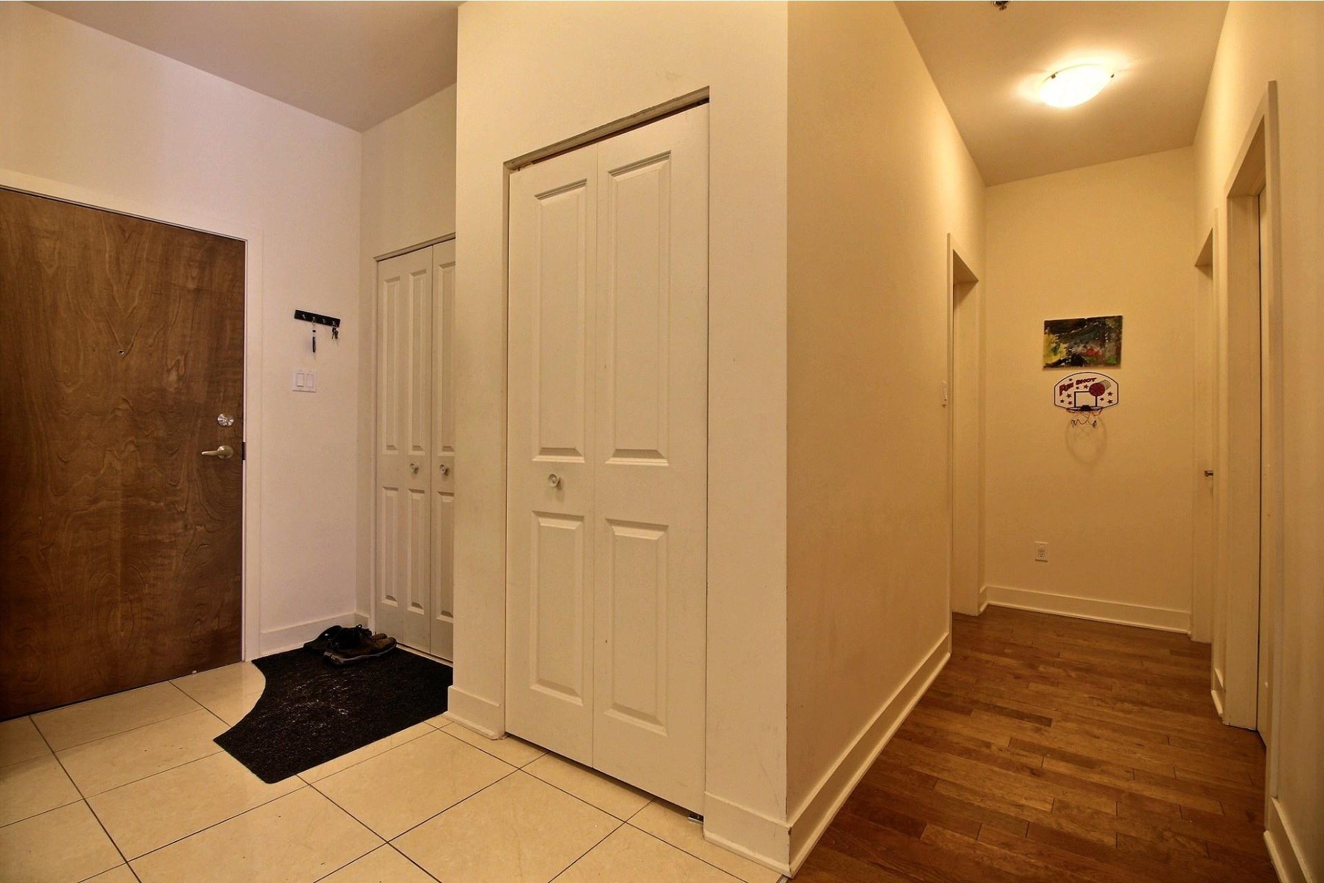 image 11 - Apartment For rent Rivière-des-Prairies/Pointe-aux-Trembles Montréal  - 6 rooms