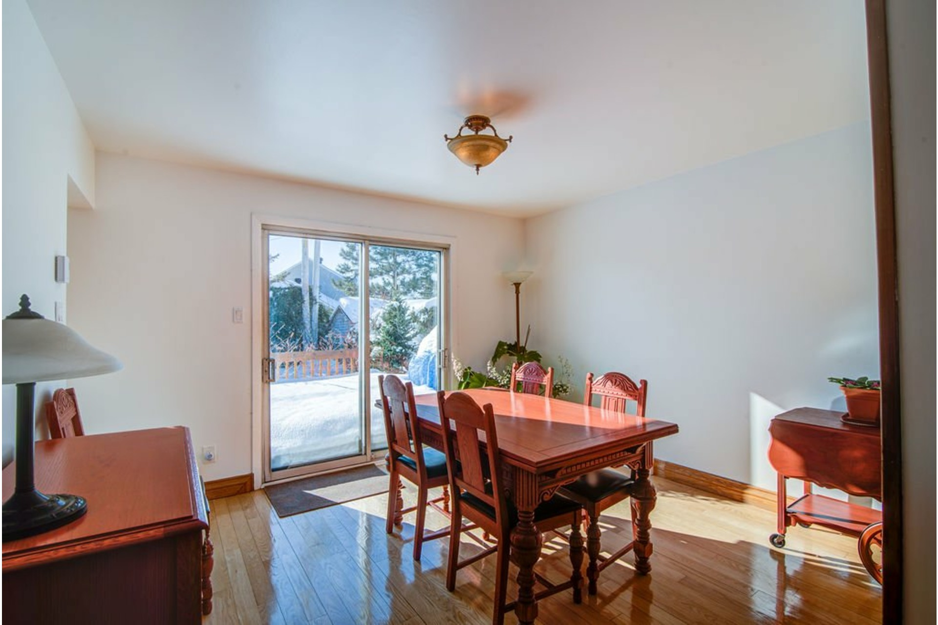 image 11 - House For sale Sainte-Rose Laval  - 17 rooms